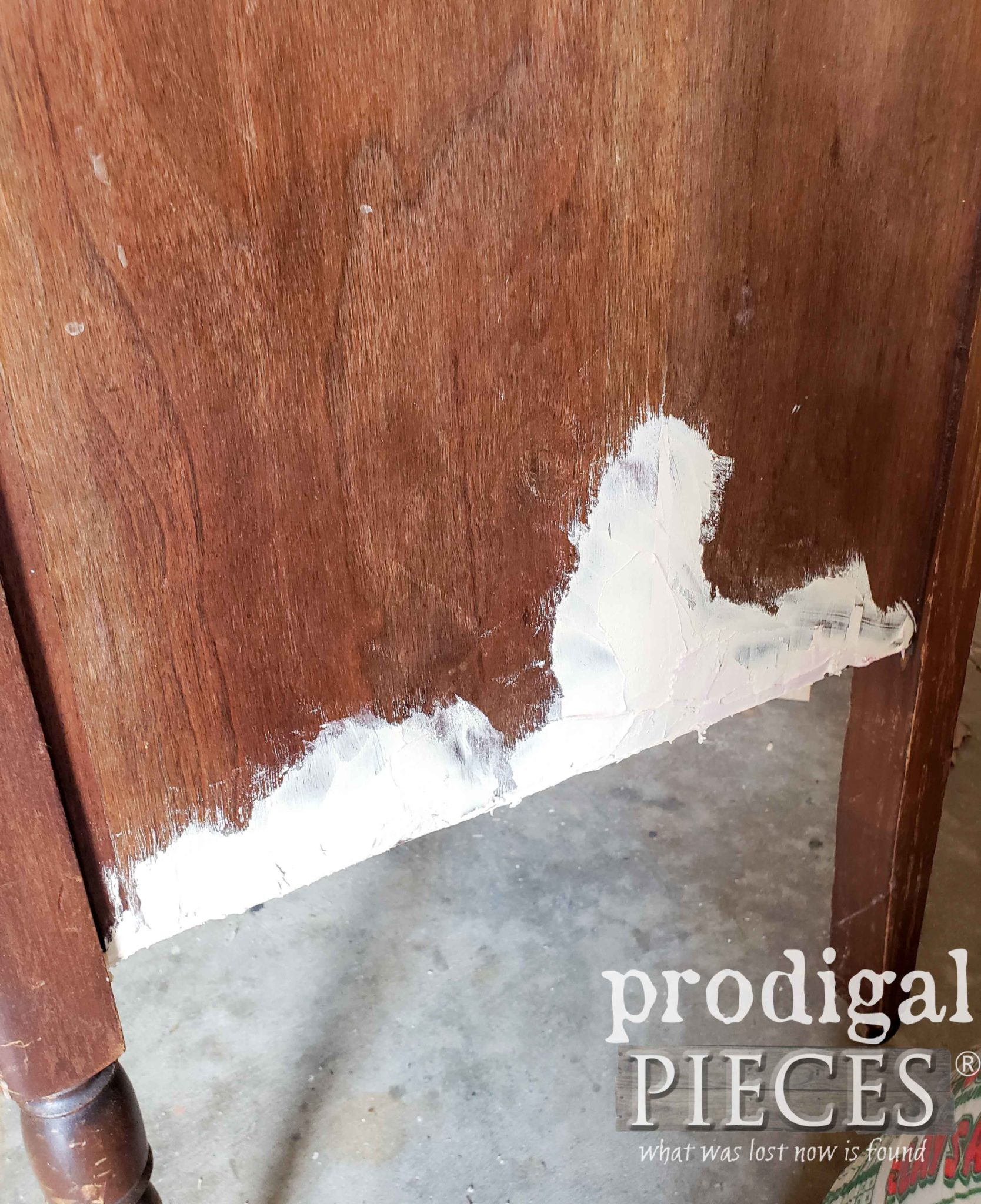 Repair Damaged Veneer with Wood Filler | prodigalpieces.com #prodigalpieces