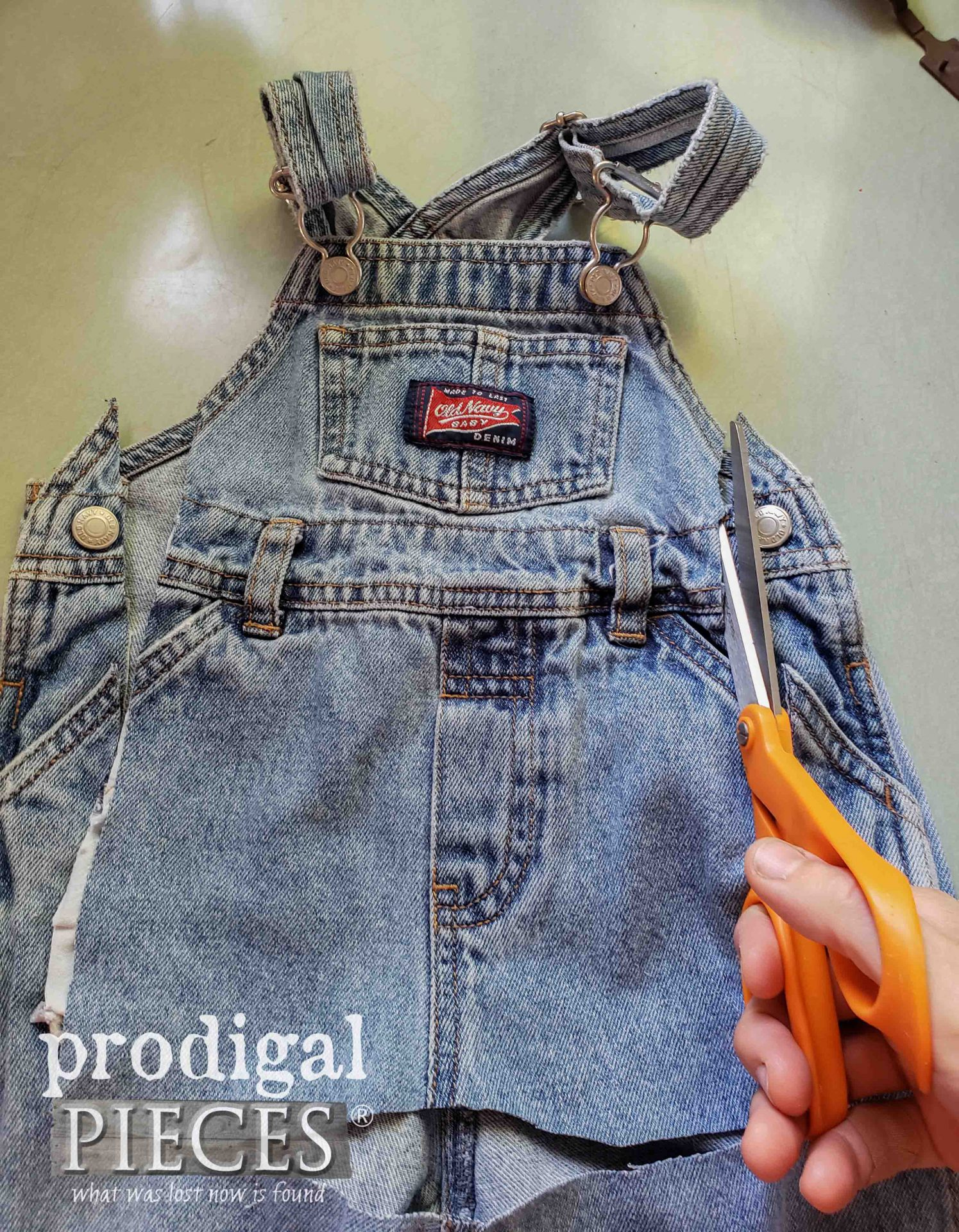 Cutting Baby Bib Overalls for DIY Doorstop | Tutorial at Prodigal Pieces | prodigalpieces.com