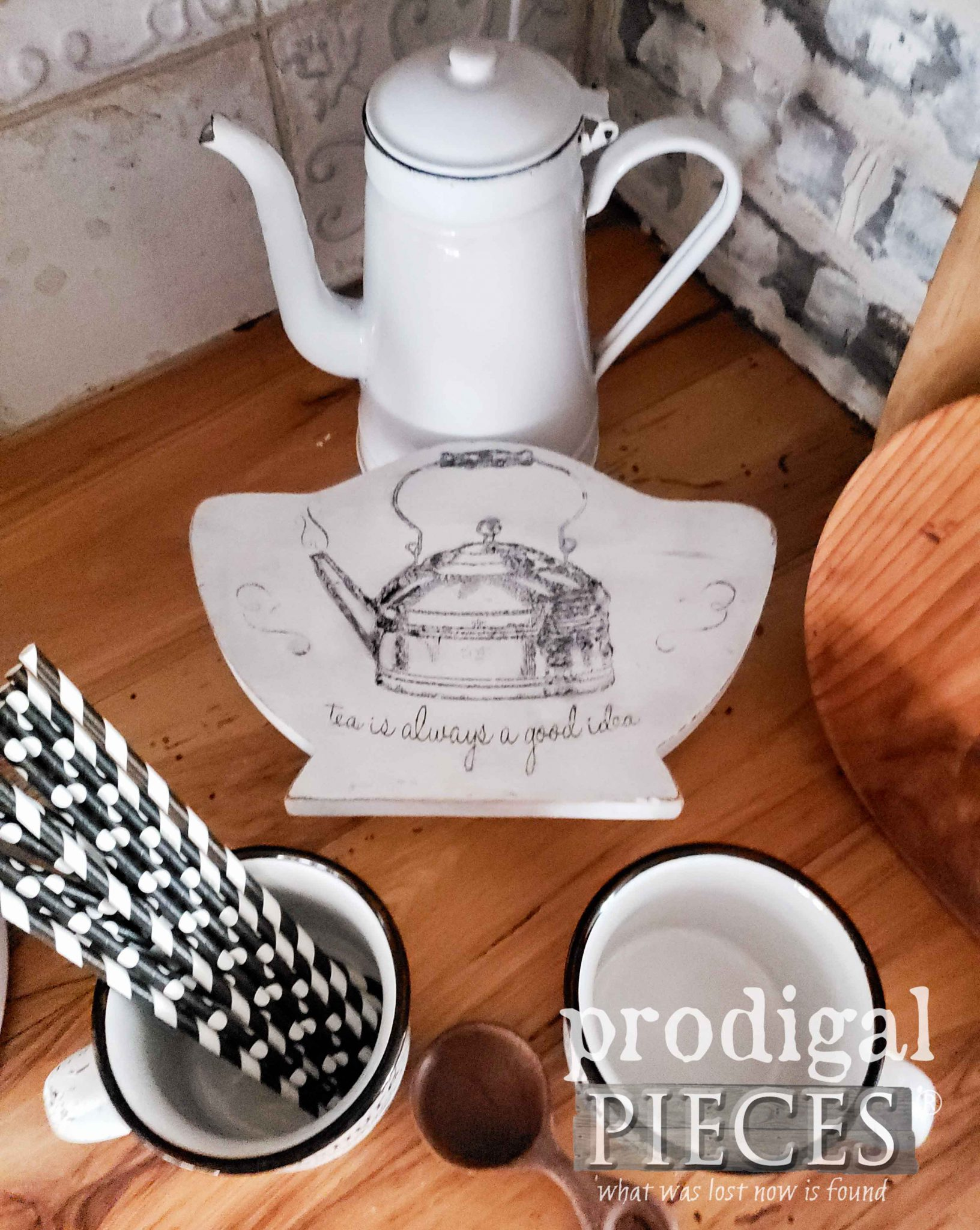 DIY Teapot Trivet Riser from Upcycled Paper Plate Holder by Larissa of Prodigal Pieces | prodigalpieces.com #prodigalpieces #diy #home #farmhouse #homedecor
