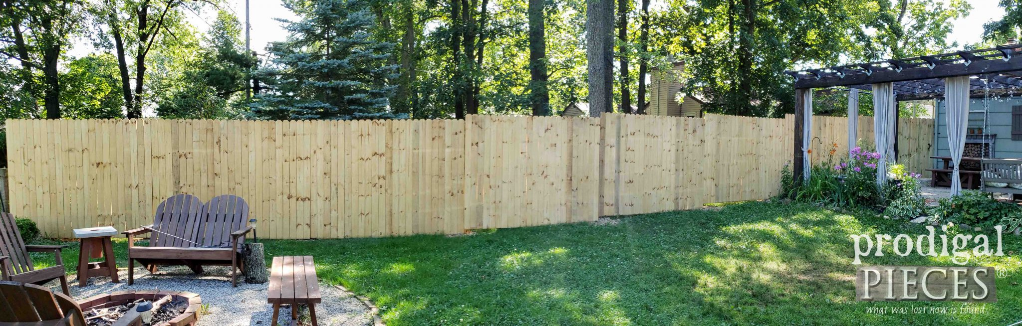 Back Yard Privacy Fence Before Stain by Prodigal Pieces | prodigalpieces.com #prodigalpieces #diy #backyard #outdoor