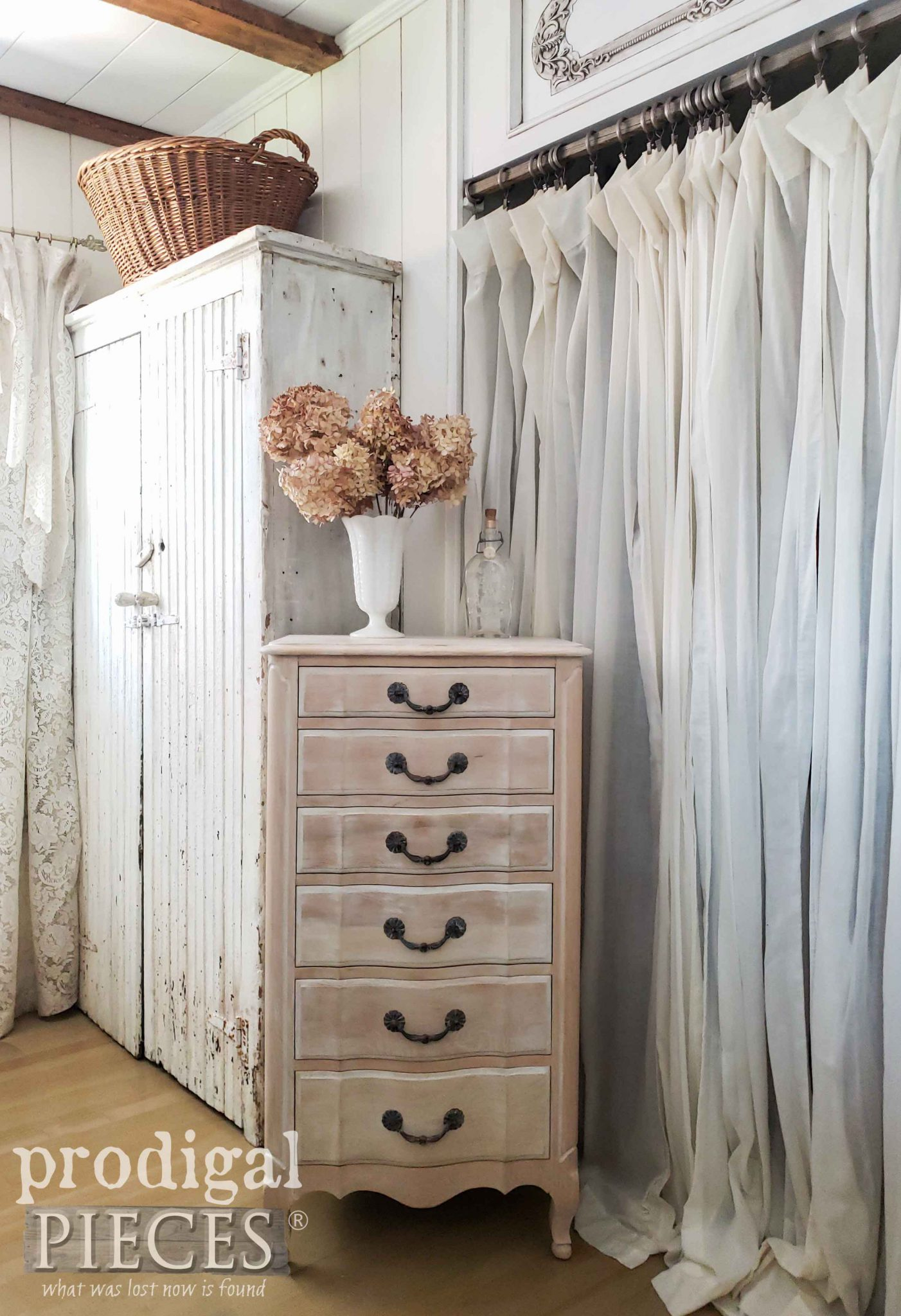 French Style Lingerie Chest After Restoration by Larissa of Prodigal Pieces | Details at prodigalpieces.com #prodigalpieces #furniture #diy #home #homedecor #farmhouse