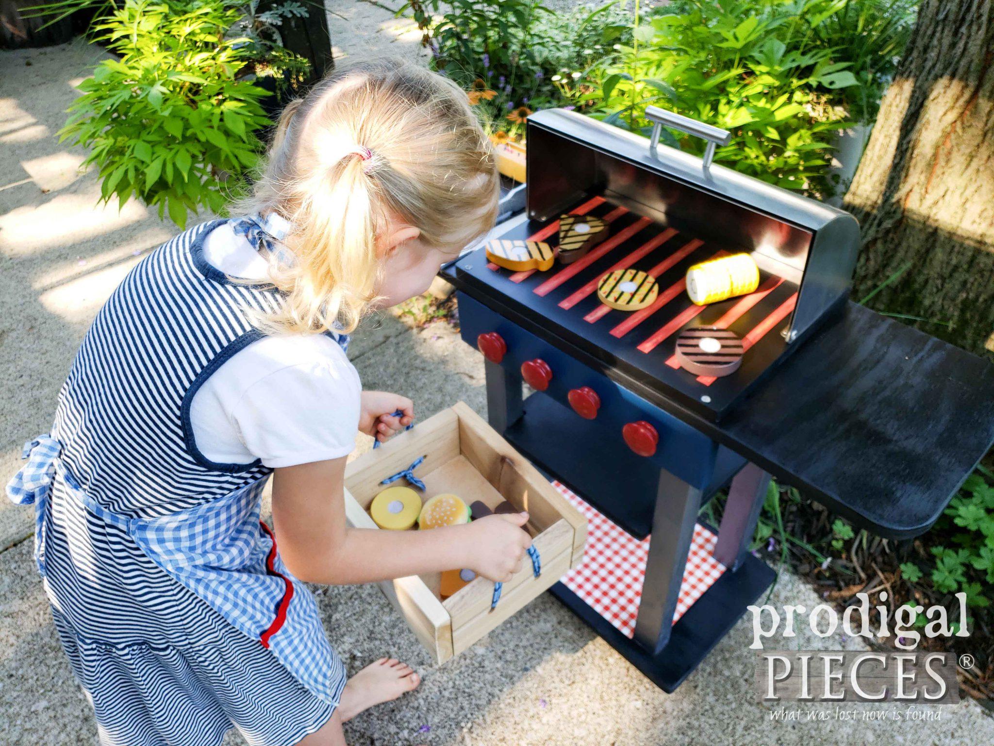Kids Grill Food & Grill Set by Larissa of Prodigal Pieces | prodigalpieces.com #prodigalpieces #kids #toys #pretendplay #handmade