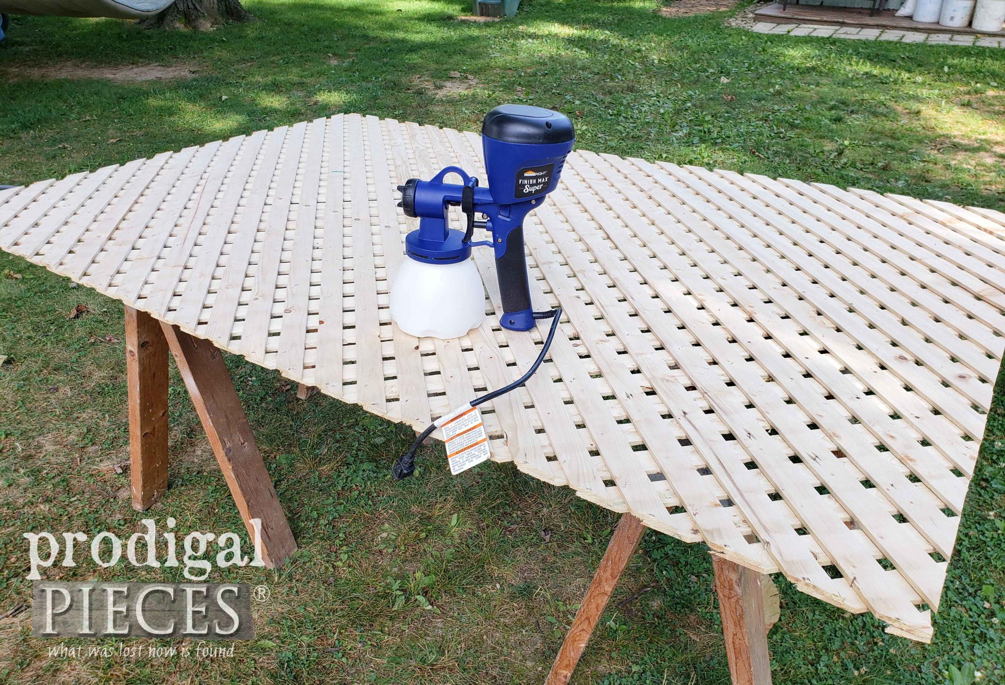 How to Stain Lattice the Fast & Easy Way by Larissa of Prodigal Pieces | prodigalpieces.com #prodigalpieces #diy #home #tools #homeimprovement