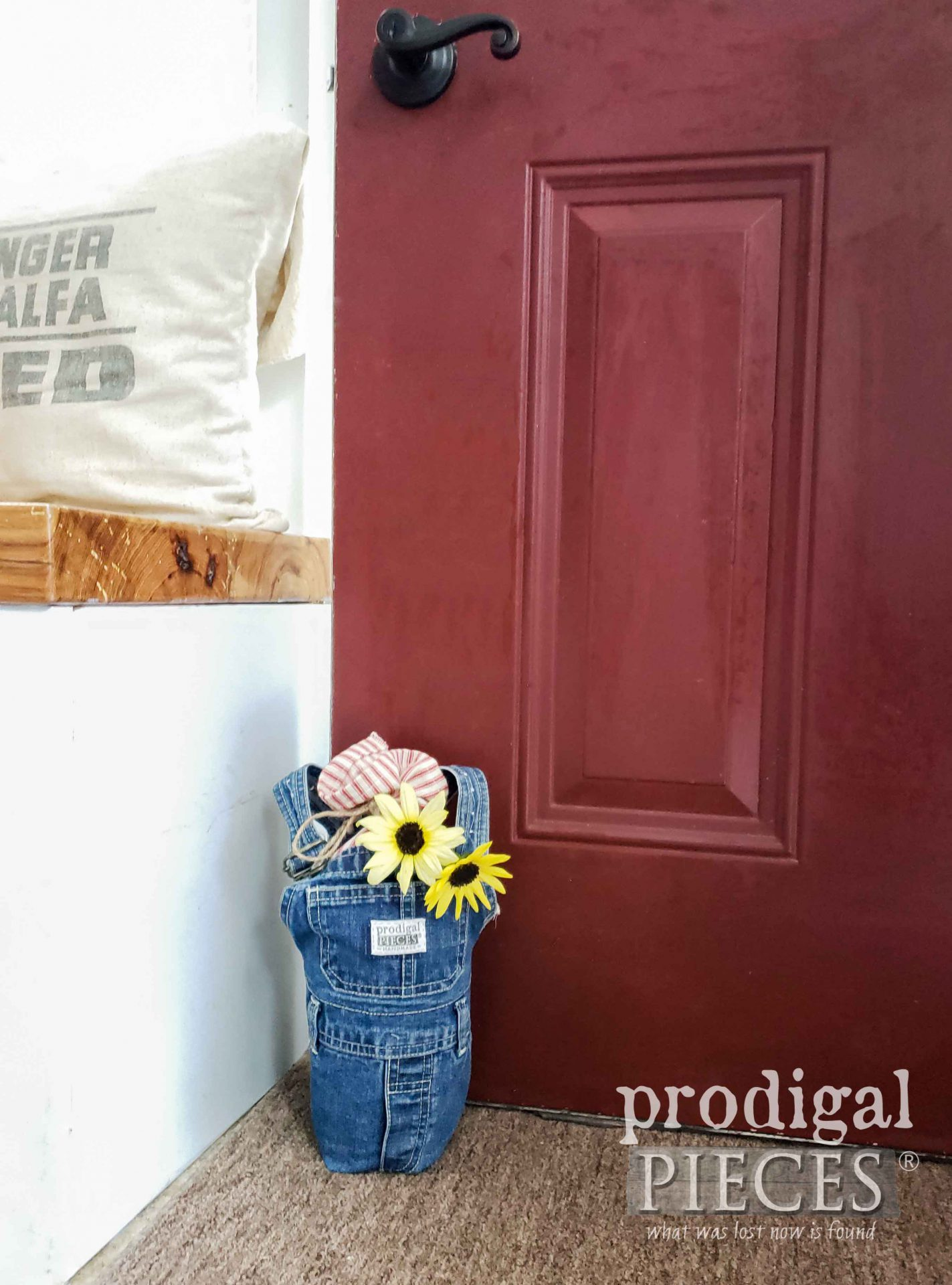 Upcycled Baby Bib Overalls into DIY Doorstop for Home Decor by Larissa of Prodigal Pieces | prodigalpieces.com #prodigalpieces #diy #upcycle #farmhouse #refashion