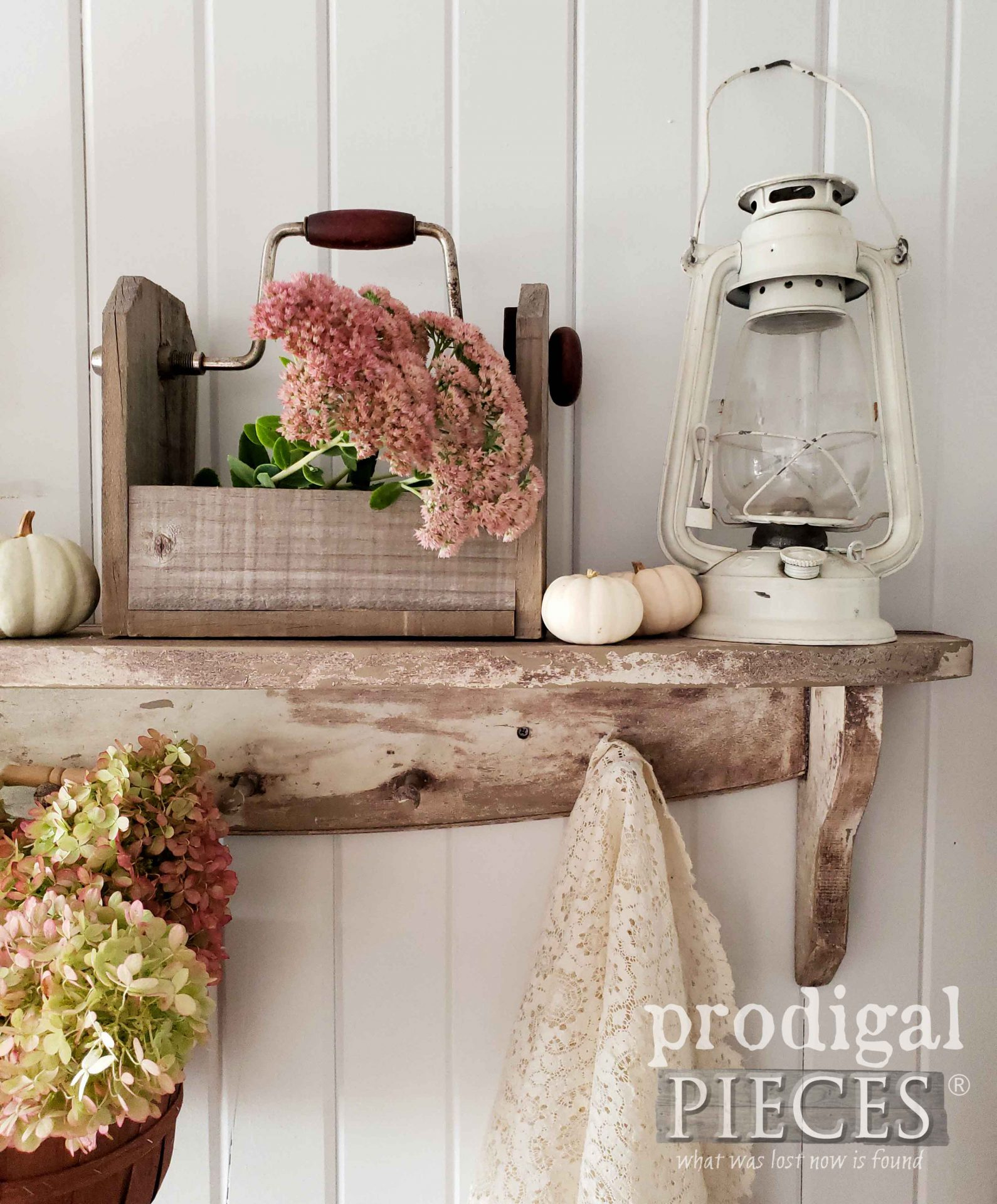 Chippy Farmhouse Shelf DIY with video demo by Larissa of Prodigal Pieces | prodigalpieces.com #prodigalpieces #diy #home #farmhouse #handmade #fall #homedecor