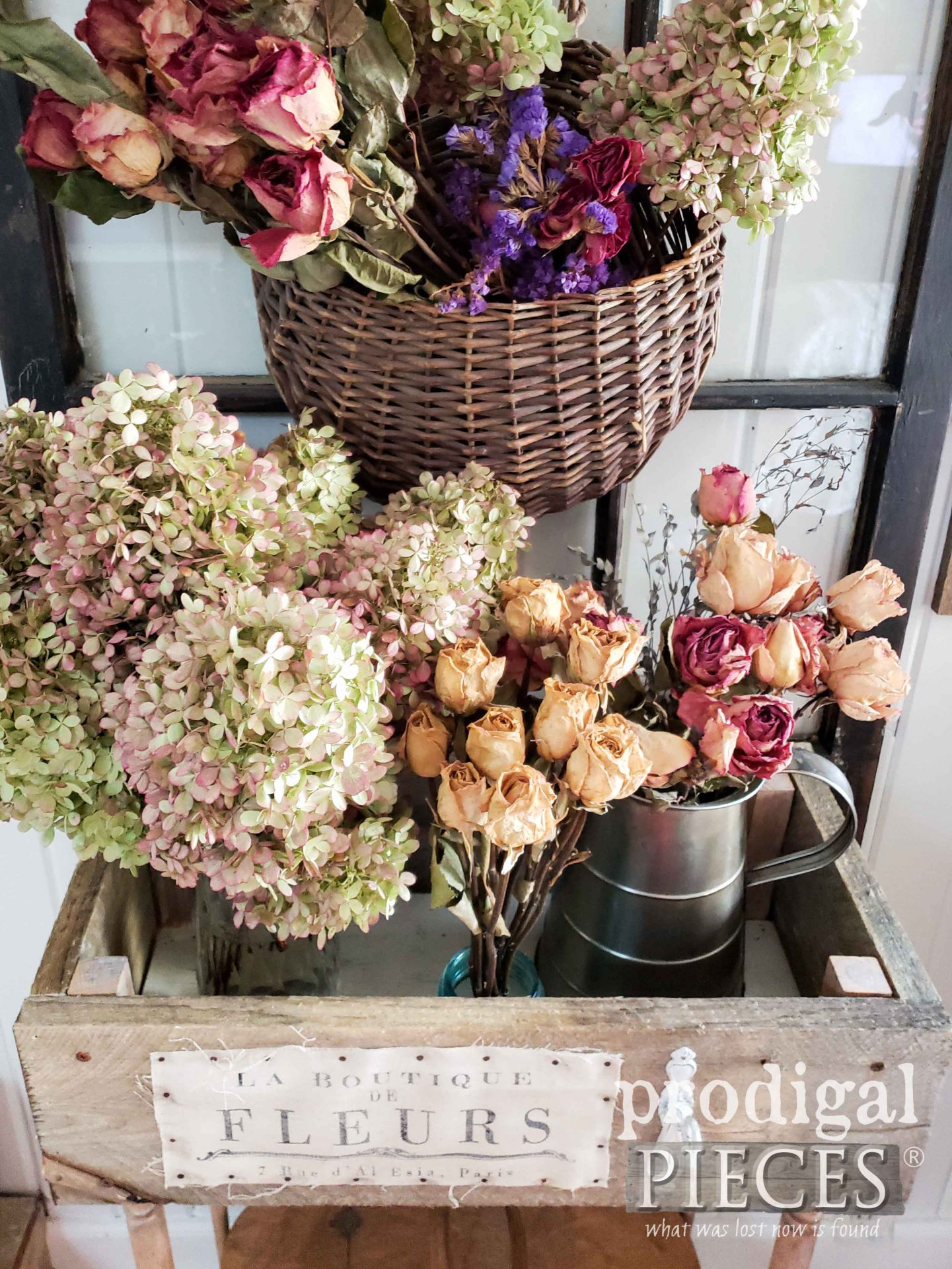 DIY Dried Flower Display of Limelight Hydrangea and Roses by Larissa of Prodigal Pieces | prodigalpieces.com #prodigalpieces #flowers #farmhouse #home #homedecor