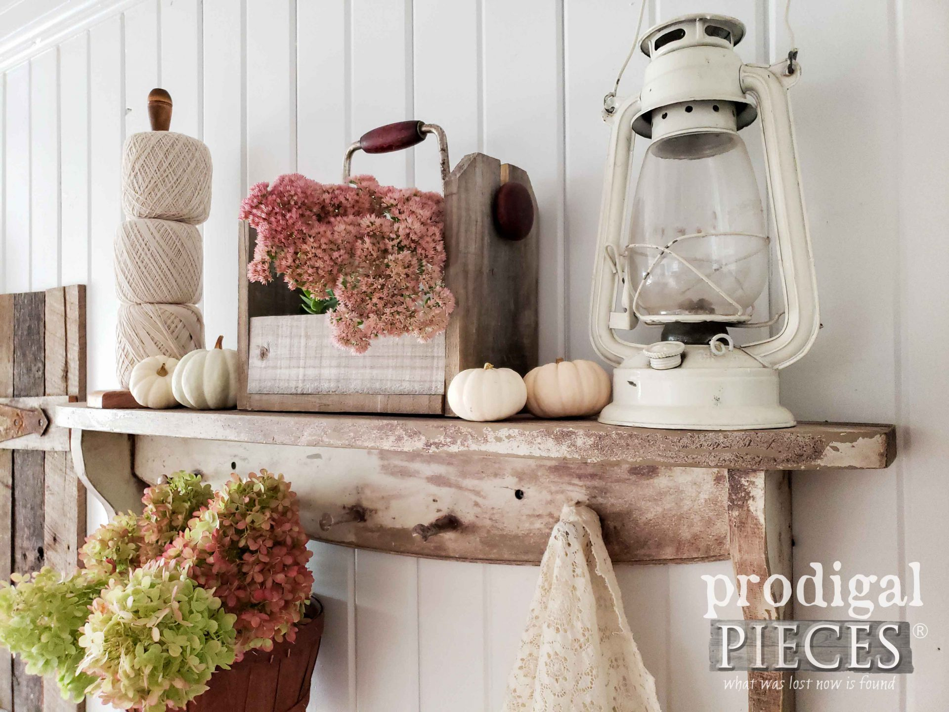 DIY Farmhouse Chippy Shelf with Handmade Decor by Larissa of Prodigal Pieces | prodigalpieces.com #prodigalpieces #home #farmhouse #homedecor #fall #handmade