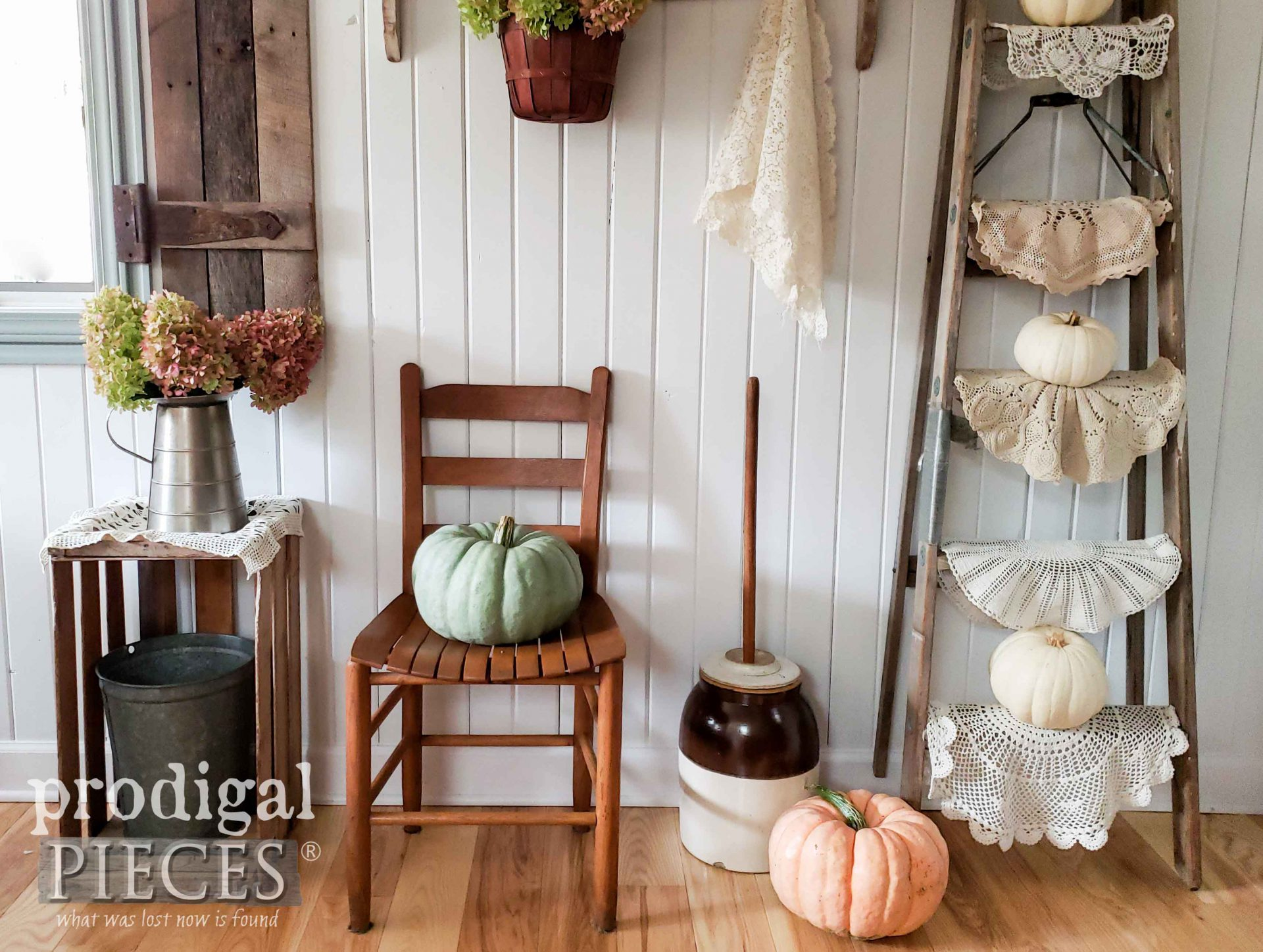 Fall Farmhouse Pumpkins in Interior Design by Larissa of Prodigal Pieces | prodigalpieces.com #prodigalpieces #farmhouse #home #homedecor #fall
