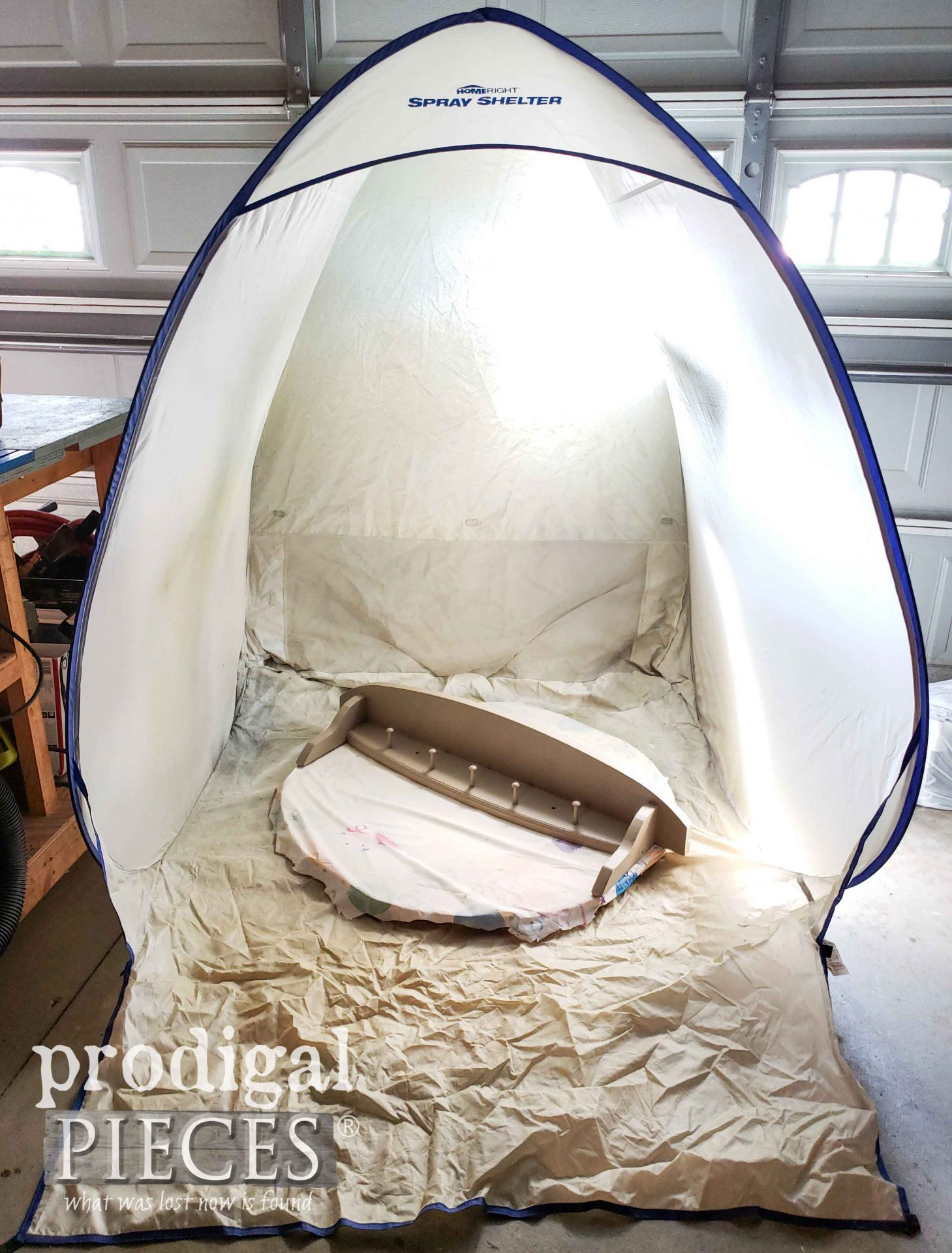 HomeRight Medium Spray Shelter for Creating Home Decor | prodigalpieces.com