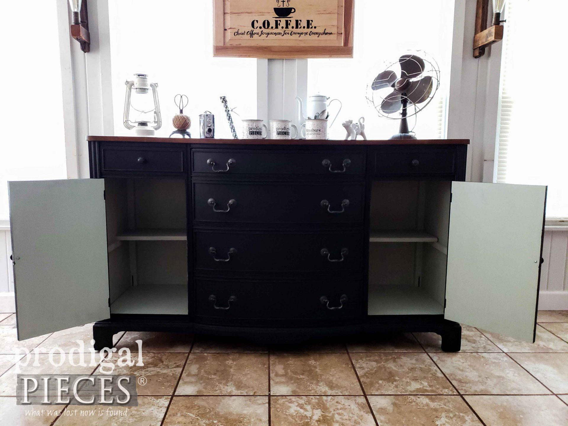 Peek-a-Boo Buffet Cabinets by Larissa of Prodigal Pieces   prodigalpieces #prodigalpieces #diy #home #homedecor #farmhouse #vintage #coffee