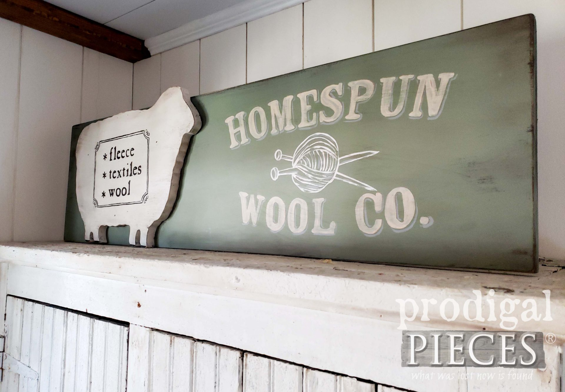 Rustic Farmhouse Sheep Sign from Reclaimed Finds | prodigalpieces.com #prodigalpieces #farmhouse #diy #home #homedecor
