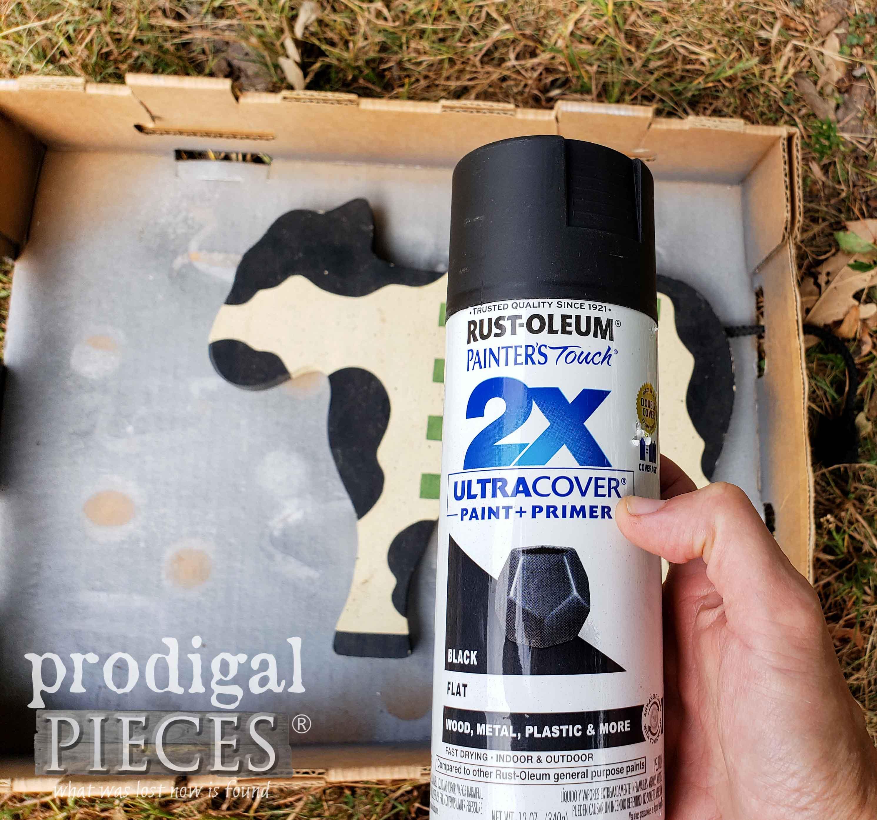 Rustoleum Flat Black Spray Paint for DIY Farmhouse Sign | prodigalpieces.com
