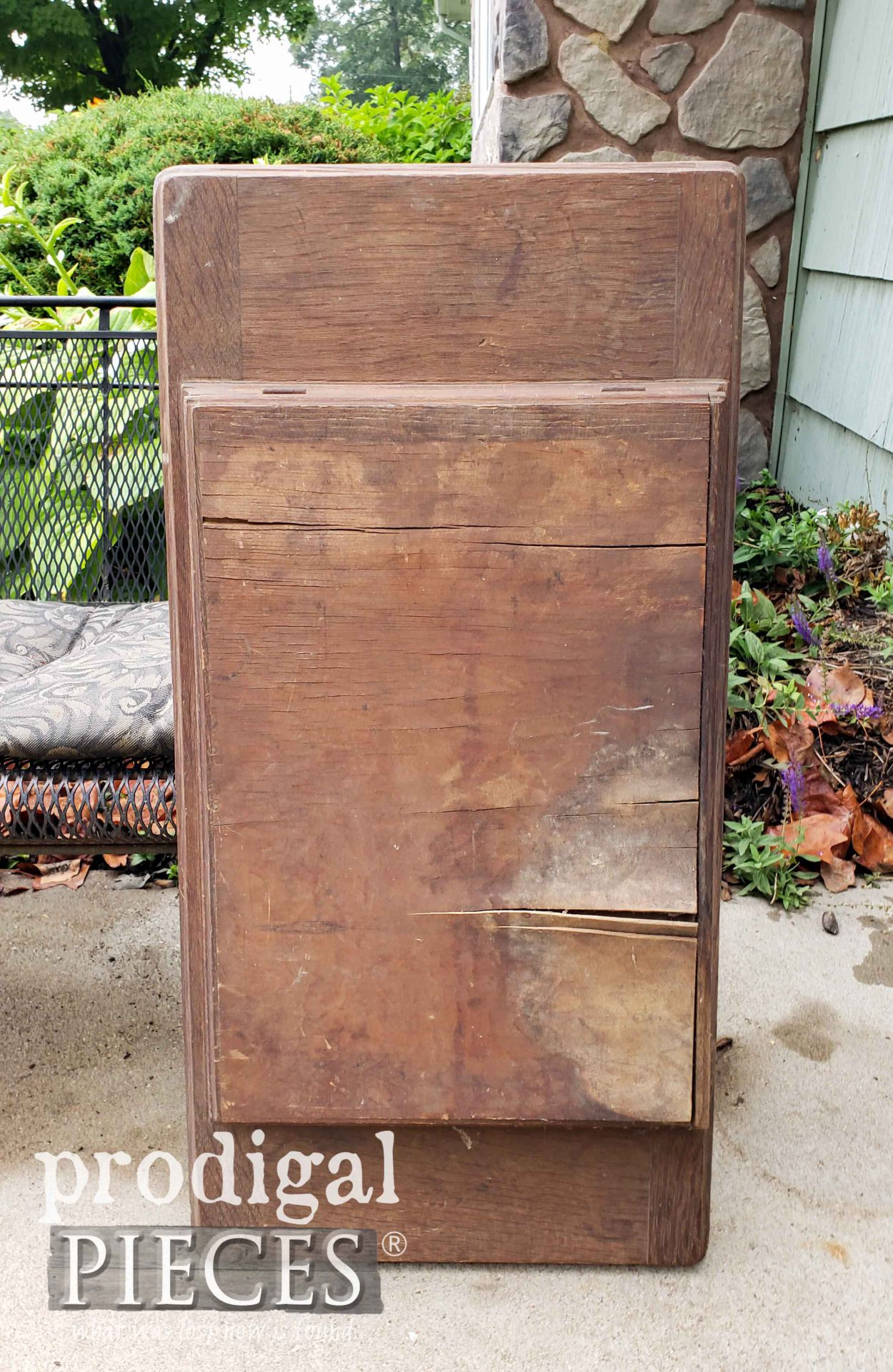 Antique Treadle Sewing Machine Cabinet Top | prodigalpieces.com #prodigalpieces