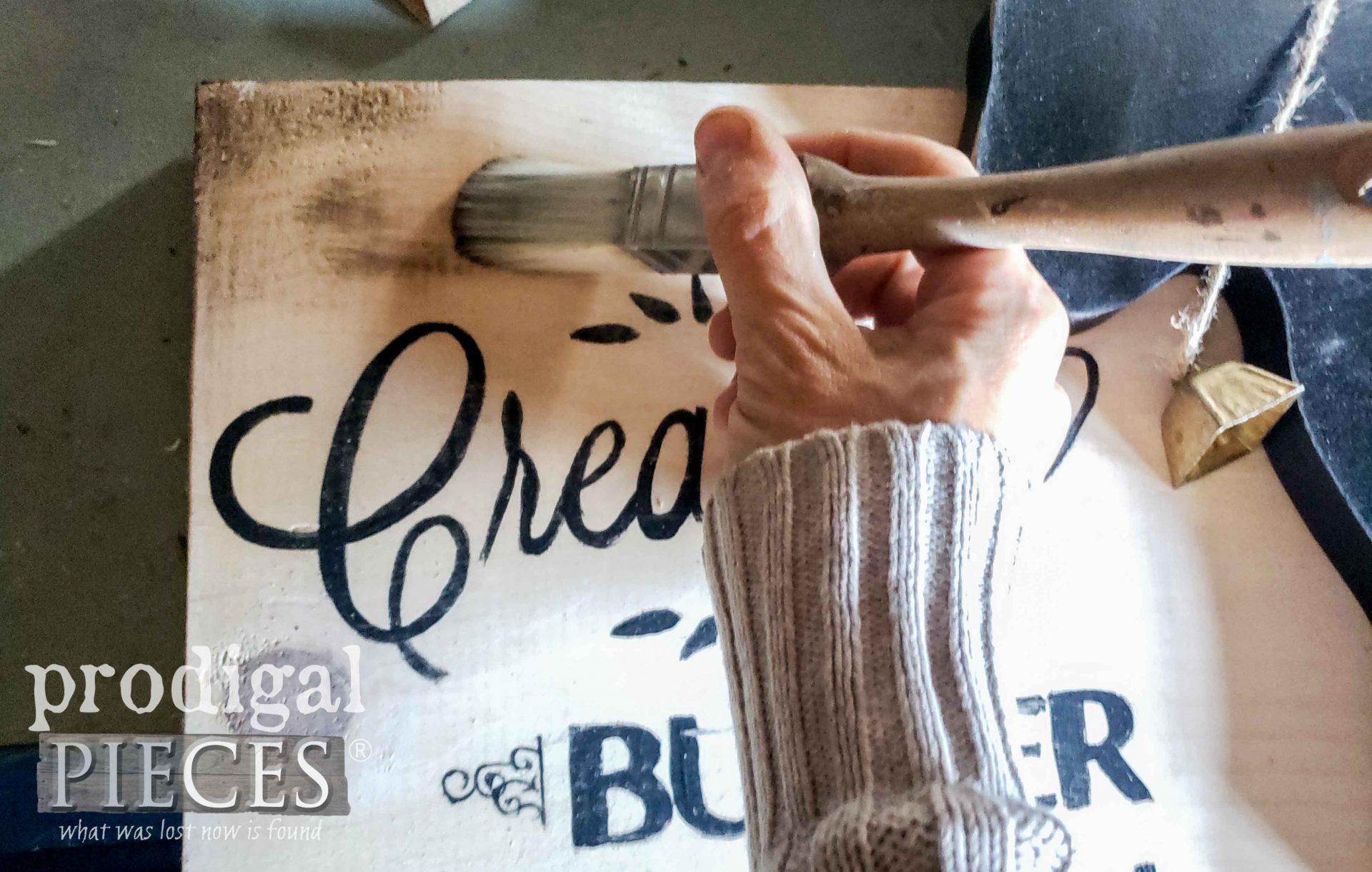 Waxing Rustic DIY Farmhouse Sign | prodigalpieces.com