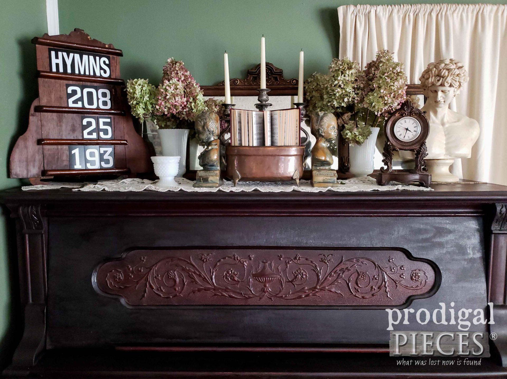 Antique Piano with Upcycled Hymn Board created by Larissa of Prodigal Pieces | prodigalpieces.com #prodigalpieces #home #handmade #antique #homedecor
