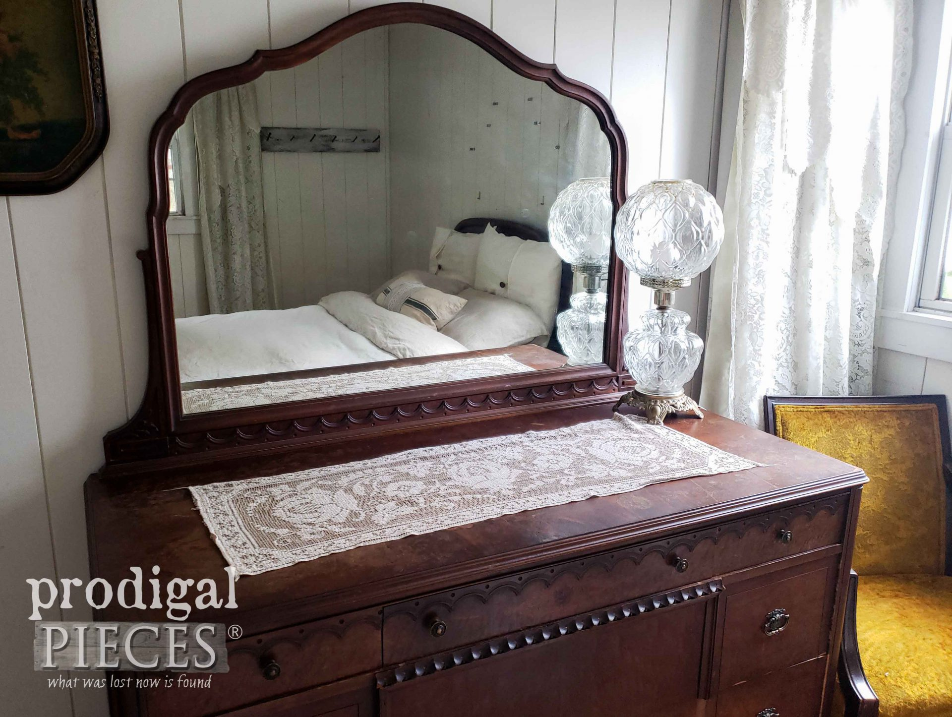 Antique Farmhouse Bedroom Dresser Before Fall Decor | prodigalpieces.com