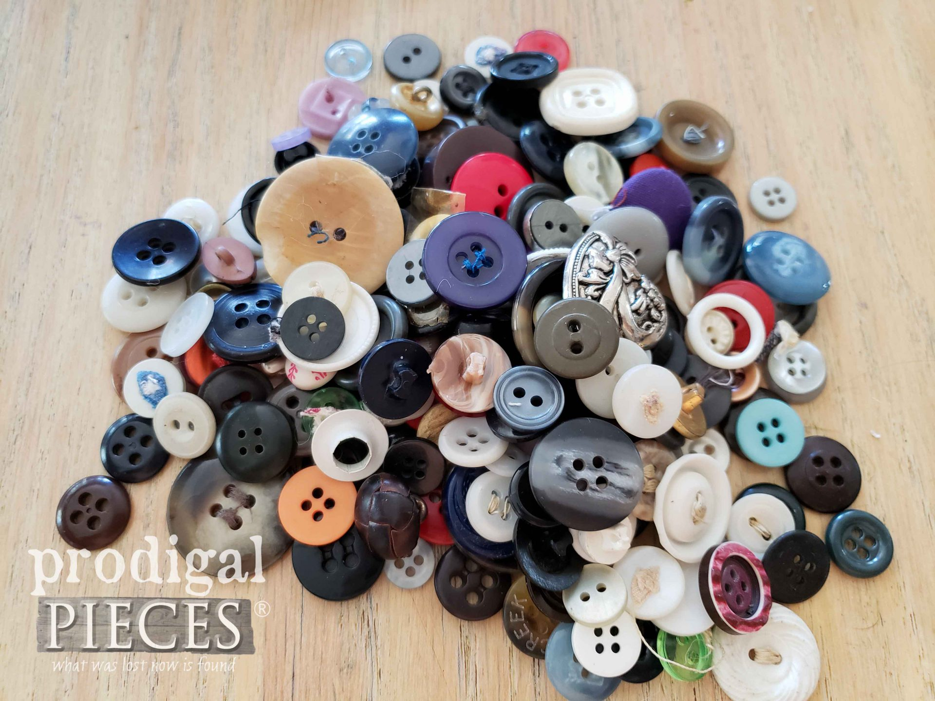 Pile of Vintage Buttons | Prodigal Pieces KIDS Create | prodigalpieces.com