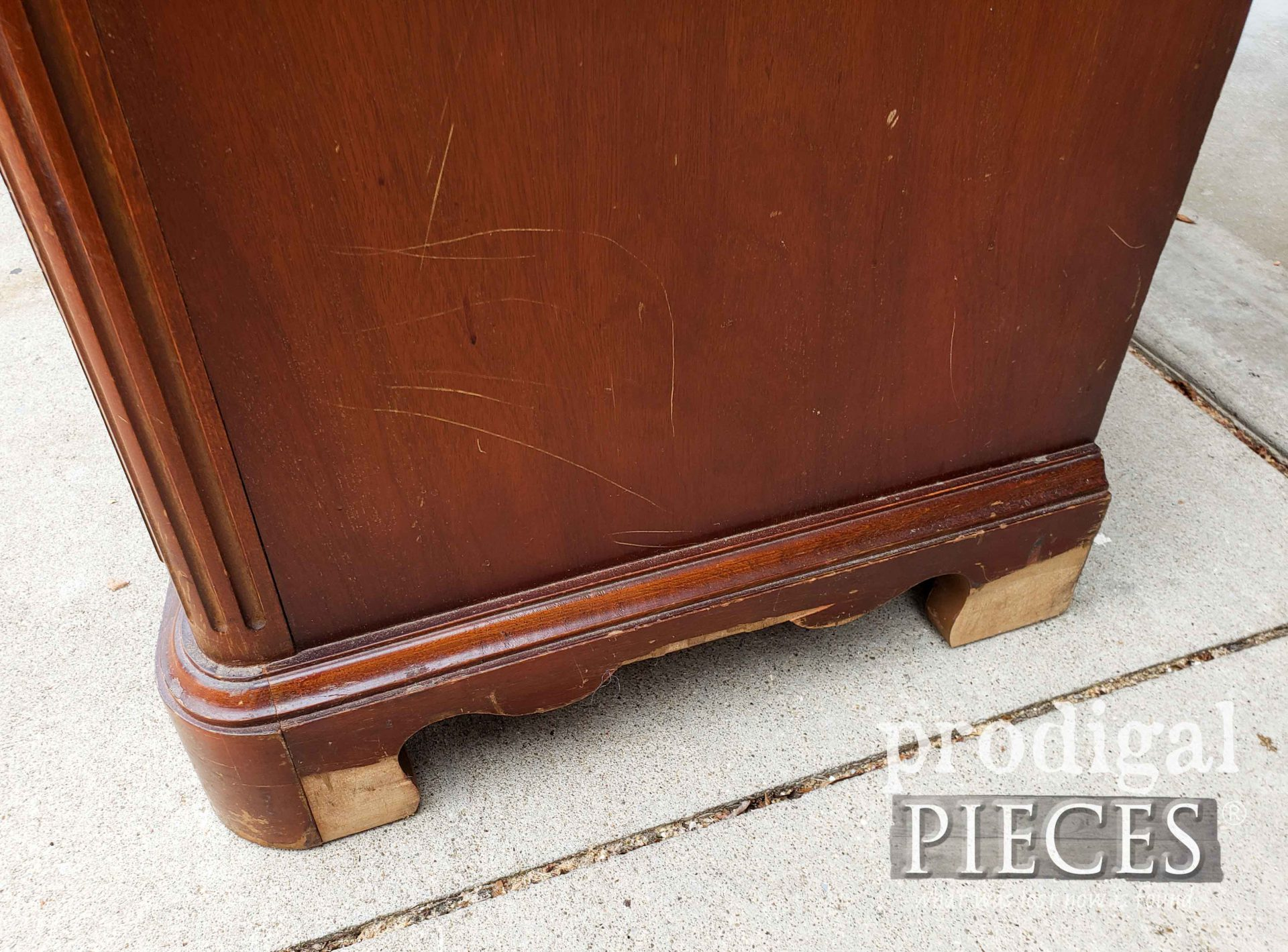 Damaged Veneer on Right Side of Serpentine Dresser | prodigalpieces.com