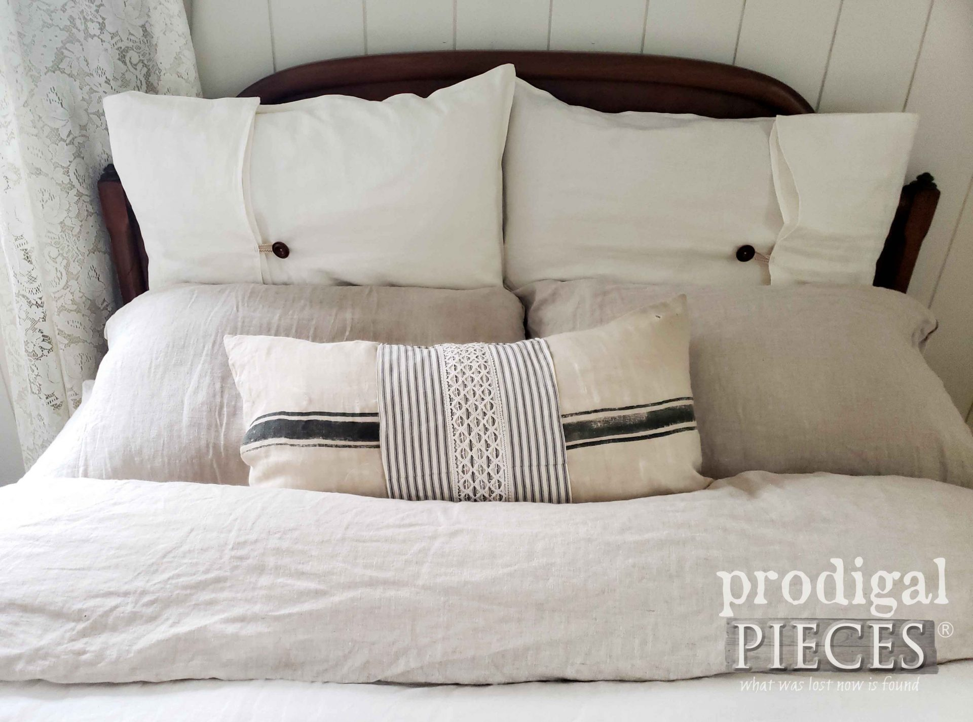 Farmhouse Linen Bed Pillows by Prodigal Pieces | prodigalpieces.com #prodigalpieces