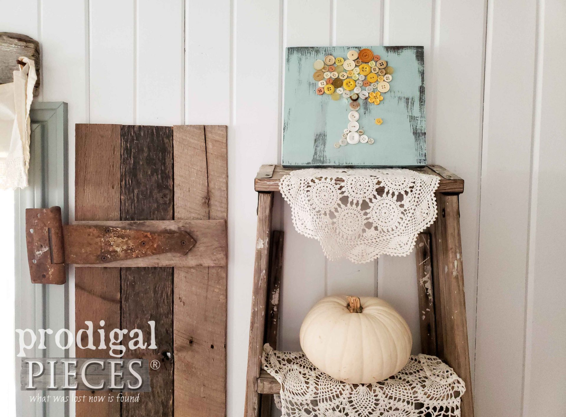 Farmhouse Style Button Art Bird Tree in Autumn by Prodigal Pieces | prodigalpieces.com #prodigalpieces #handmade #art #home #homedecor #farmhouse #kids #crafts