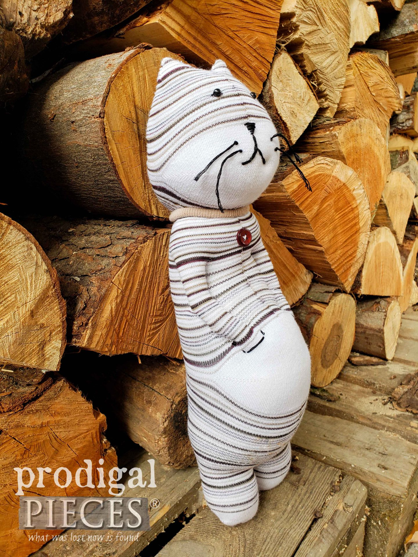 Handmade Sock Cat with an Attitude   Upcycled Sock Doll Fun by Larissa of Prodigal Pieces   prodigalpieces #prodigalpieces #handmade #toy #dolls #kids #crafts #sewing