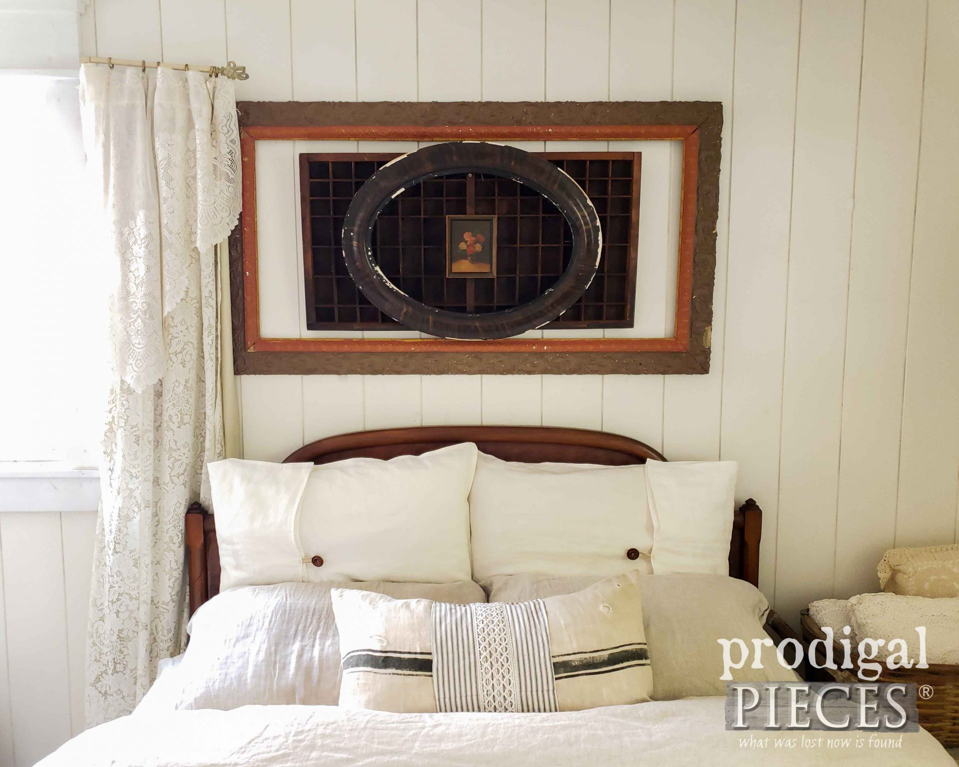 Rustic Fall Farmhouse Bedroom Decor by Larissa of Prodigal Pieces | prodigalpieces.com #prodigalpieces #bedroom #farmhouse #diy #home #homedecor