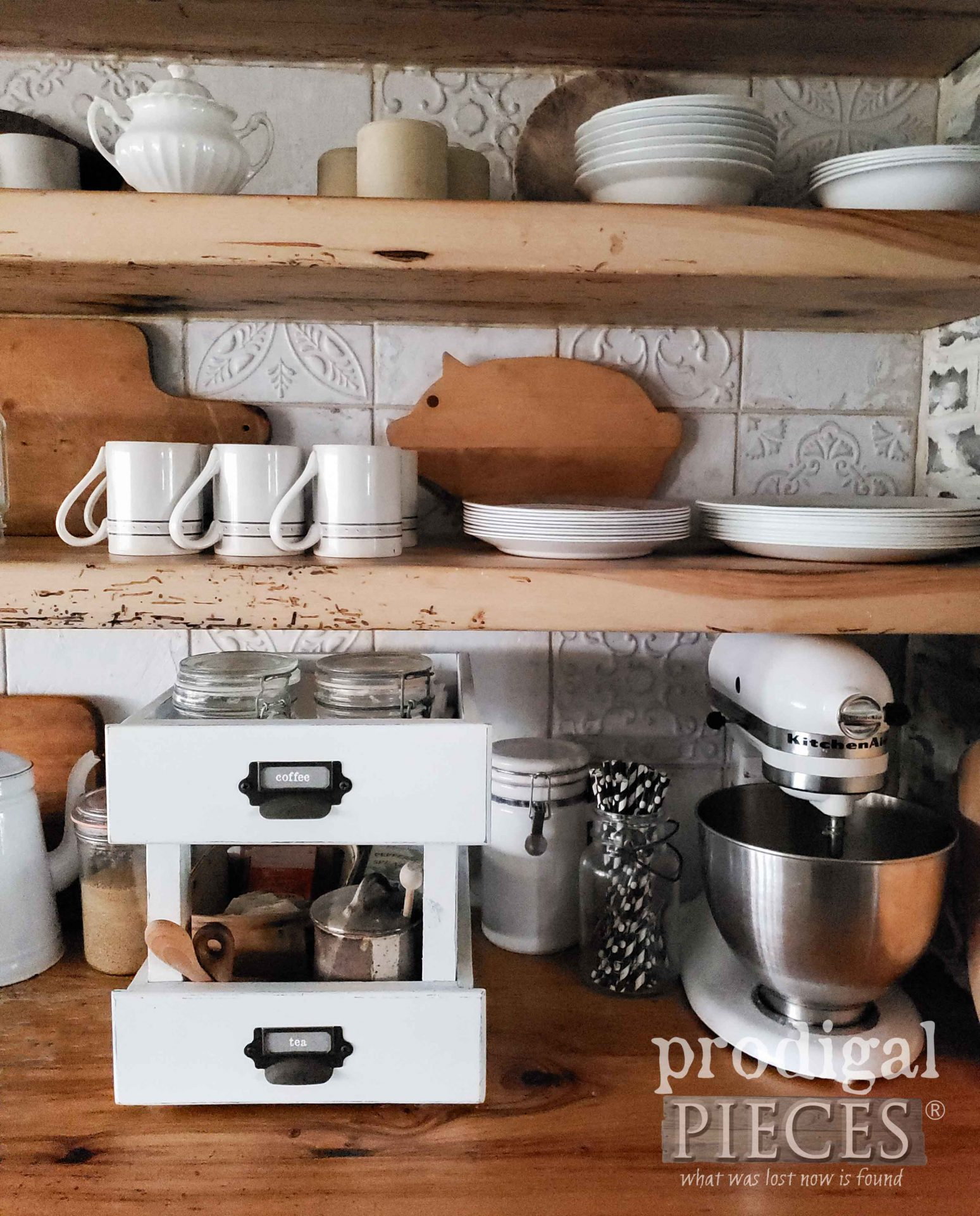 Rustic Farmhouse Kitchen with DIY Decor by Larissa of Prodigal Pieces | prodigalpieces.com #prodigalpieces #farmhouse #kitchen #storage #diy #home #homedecor