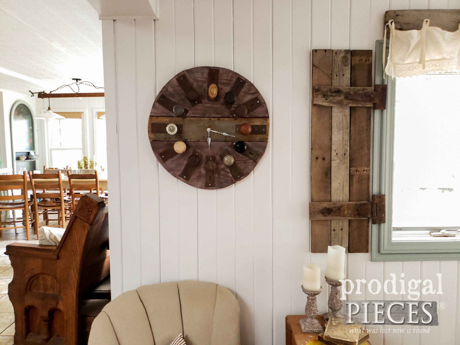 Rustic Reclaimed Wall Clock from Salvaged Parts by Larissa of Prodigal Pieces | prodigalpieces.com #prodigalpieces #rustic #farmhouse #home #clock #homedecor