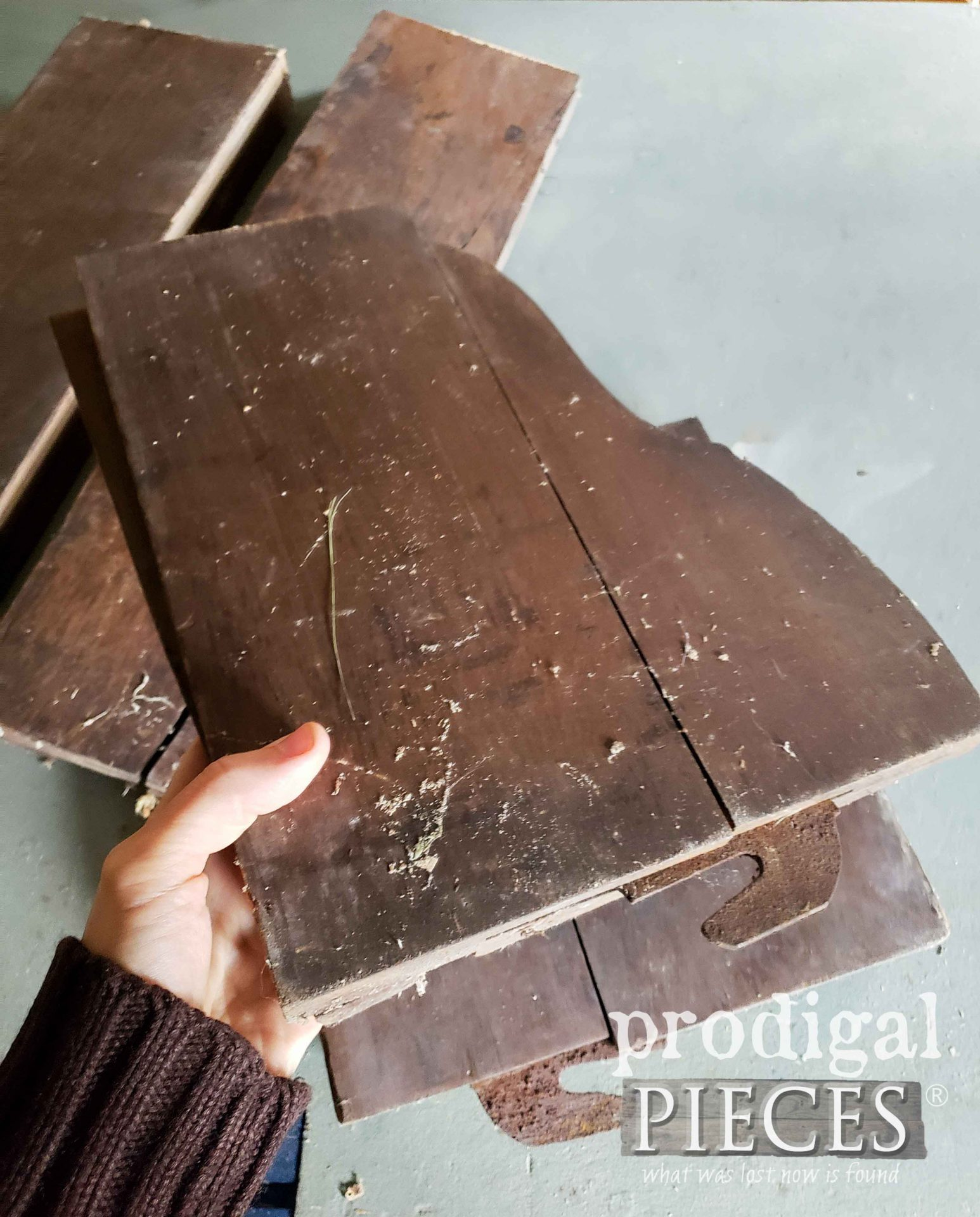 Salvaged Antique Bed Rails | Prodigal Pieces | prodigalpieces.com #prodigalpieces