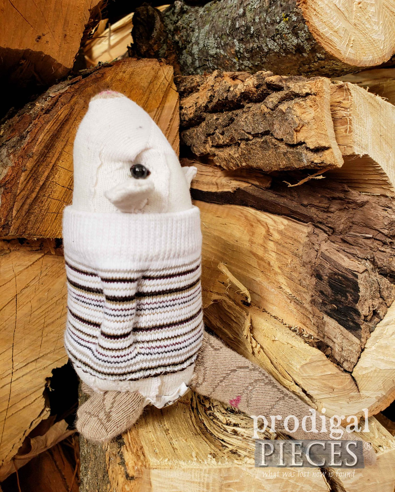Adorably Small Handmade Sock Mouse Created by Larissa of Prodigal Pieces | prodigalpieces.com #prodigalpieces #handmade #upcycled #doll #toy #kids #sewing