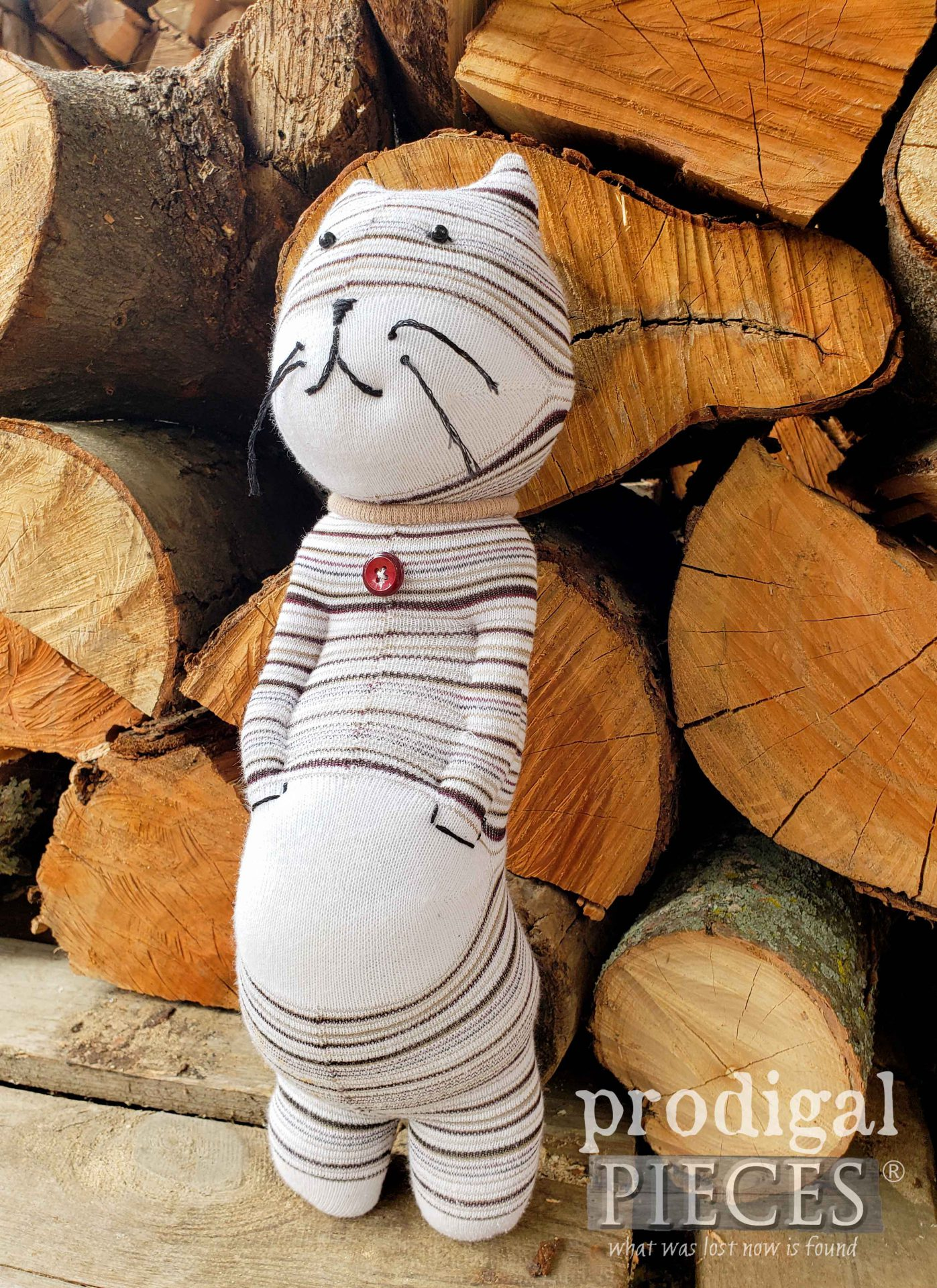 Striped Upcycled Sock Doll Cat by Larissa of Prodigal Pieces | prodigalpieces.com #prodigalpieces #doll #toy #handmade #sewing #diy #crafts