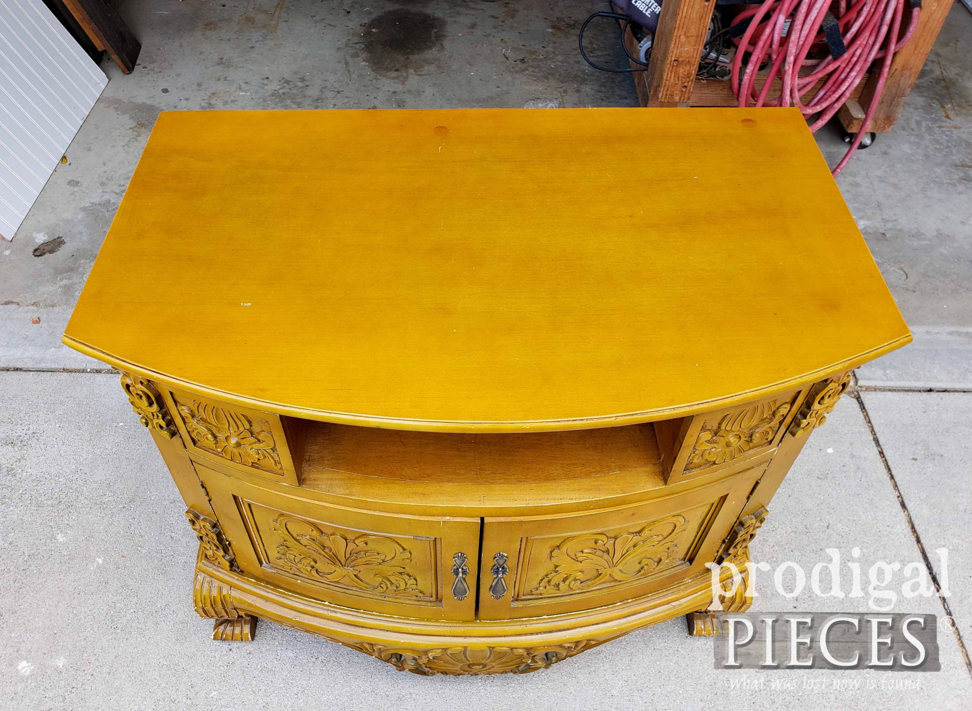 Ornate TV Stand Top | prodigalpieces.com