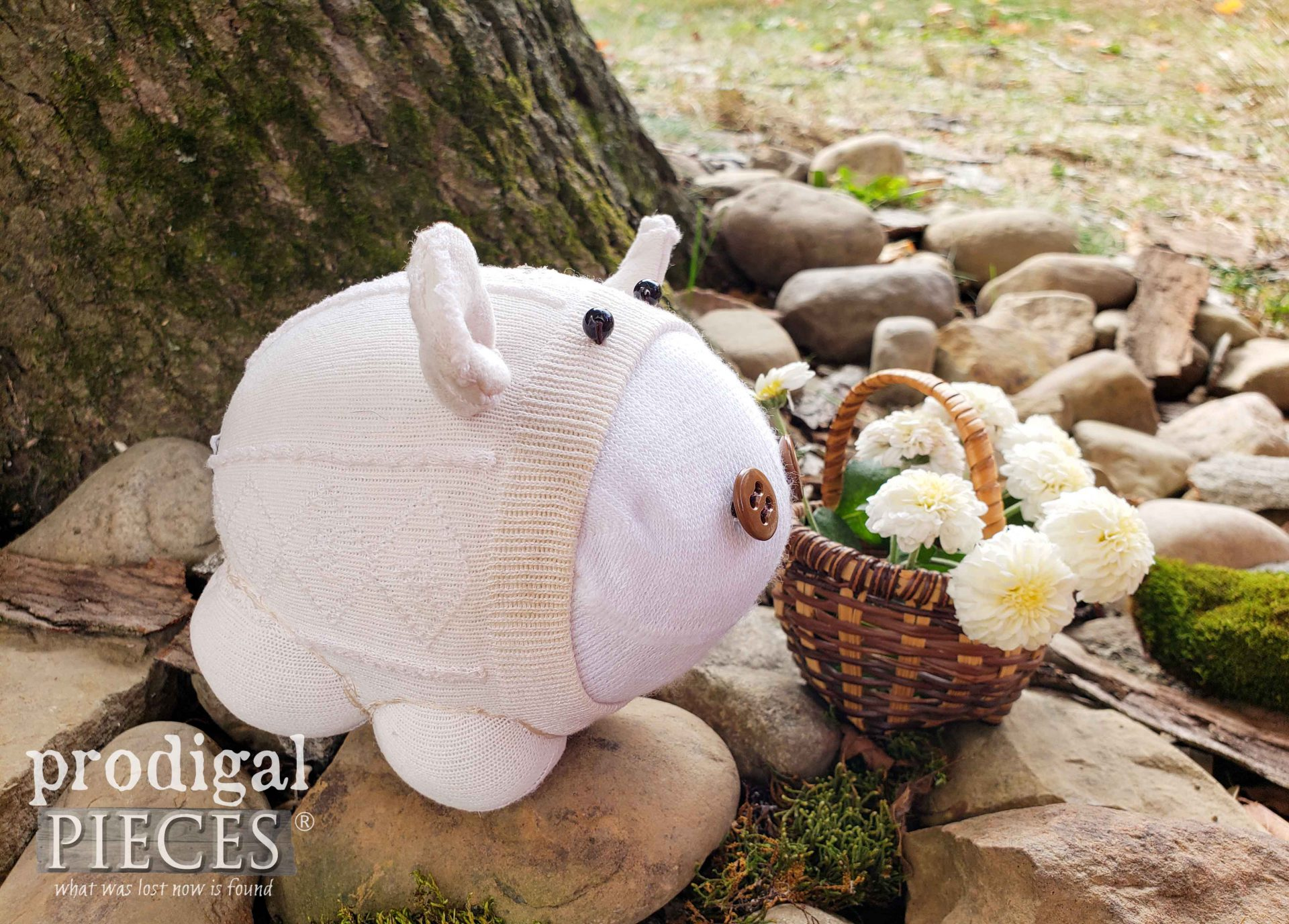 Upcycled Sock Doll Pig by Larissa of Prodigal Pieces | prodigalpieces.com #prodigalpieces #handmade #doll #sewing #diy #crafts #kids