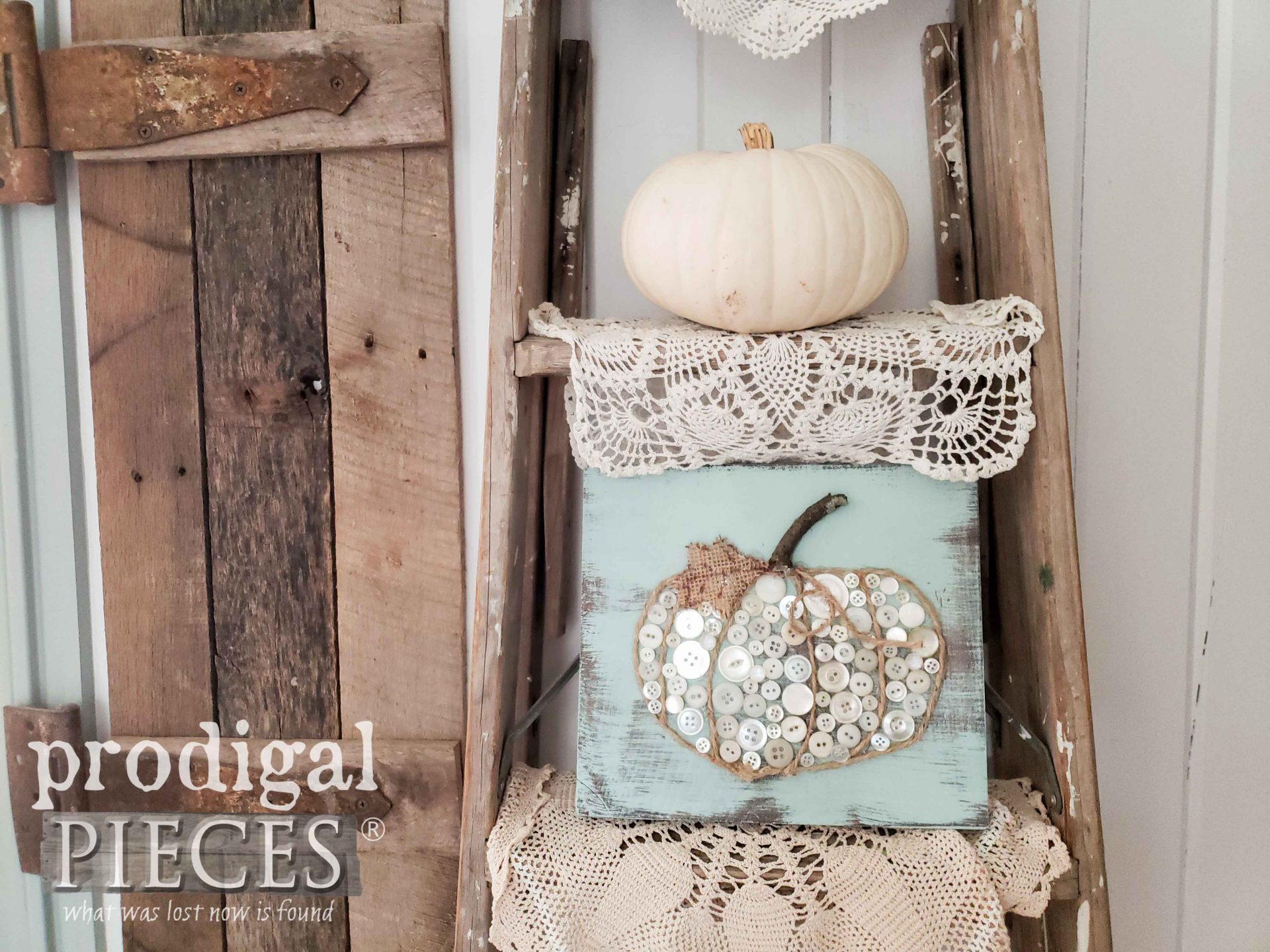White Button Pumpkin Art by Prodigal Pieces Kids CREATE | Video tutorial at prodigalpieces.com #prodigalpieces #diy #kids #crafts #farmhouse #home #homedecor #fall