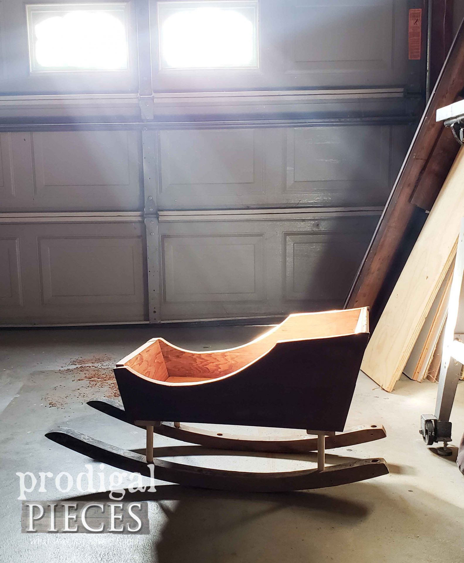 Assembled Upcycled Christmas Sleigh built by Larissa of Prodigal Pieces | prodigalpieces.com #prodigalpieces