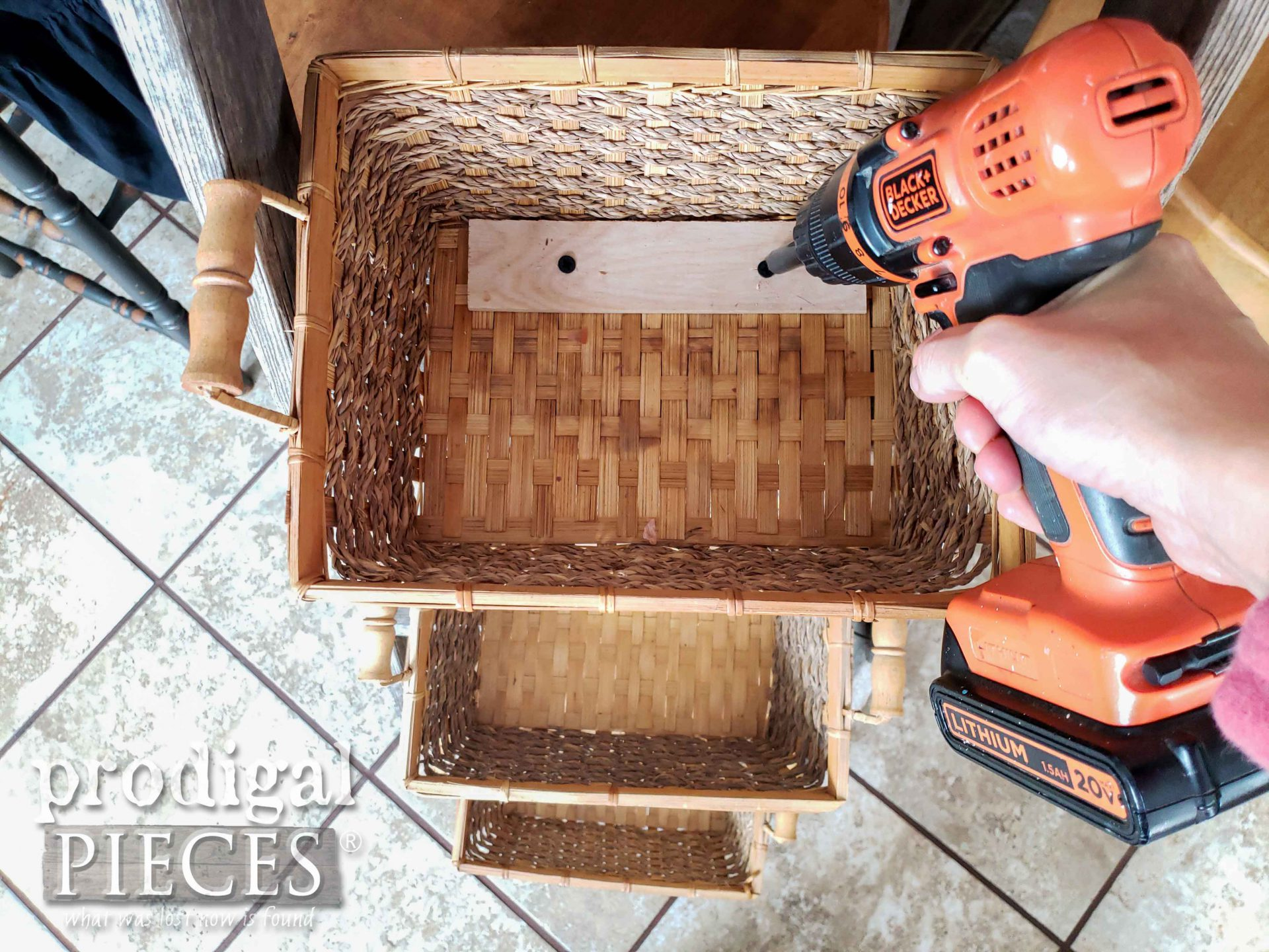 Attaching Baskets to Upcycled Broken Ladder for Farmhouse Decor | prodigalpieces.com #prodigalpieces