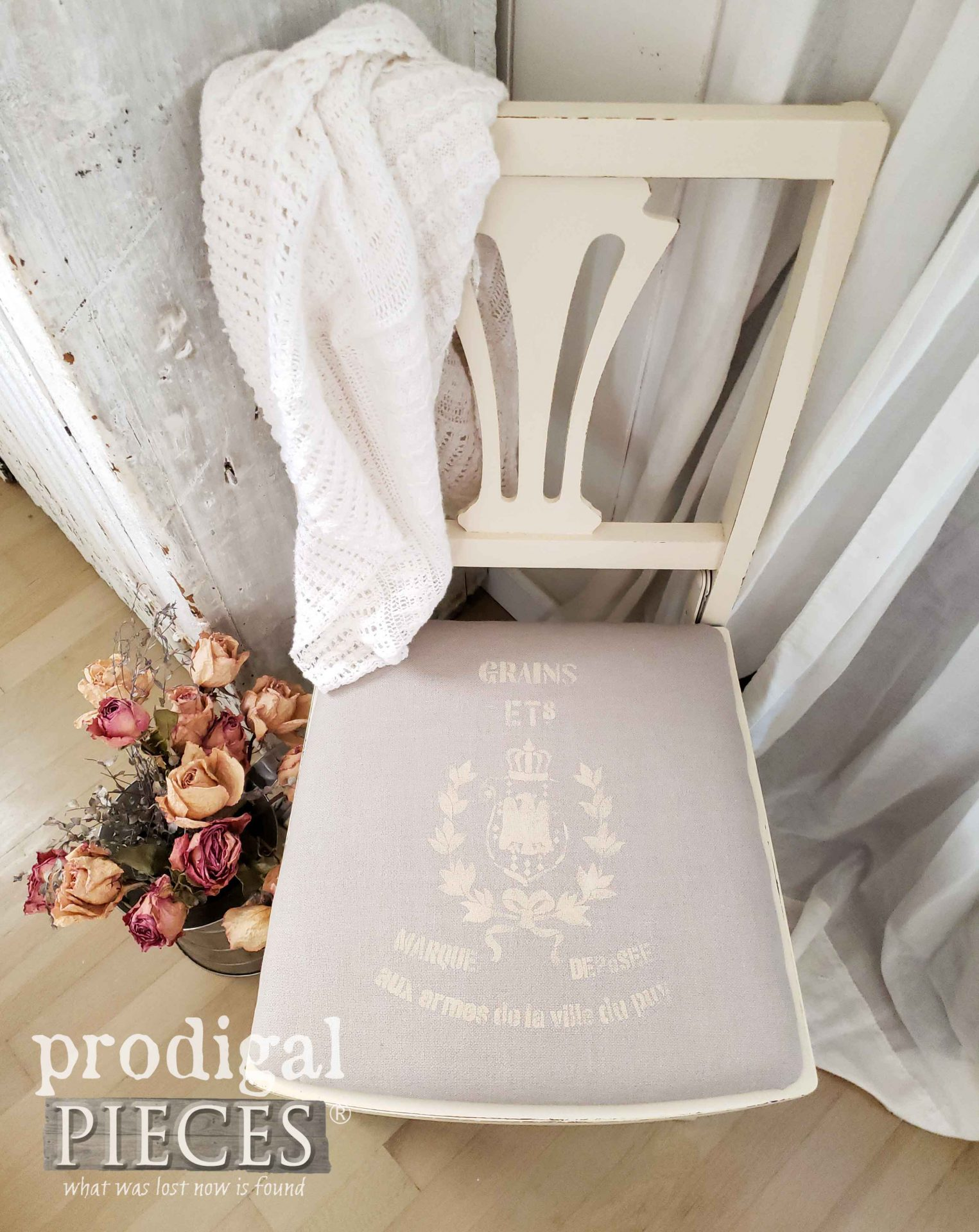 French Grain Sack Chair with Farmhouse Style by Larissa of Prodigal Pieces | prodigalpieces.com #prodigalpieces #diy #furniture #home #homedecor