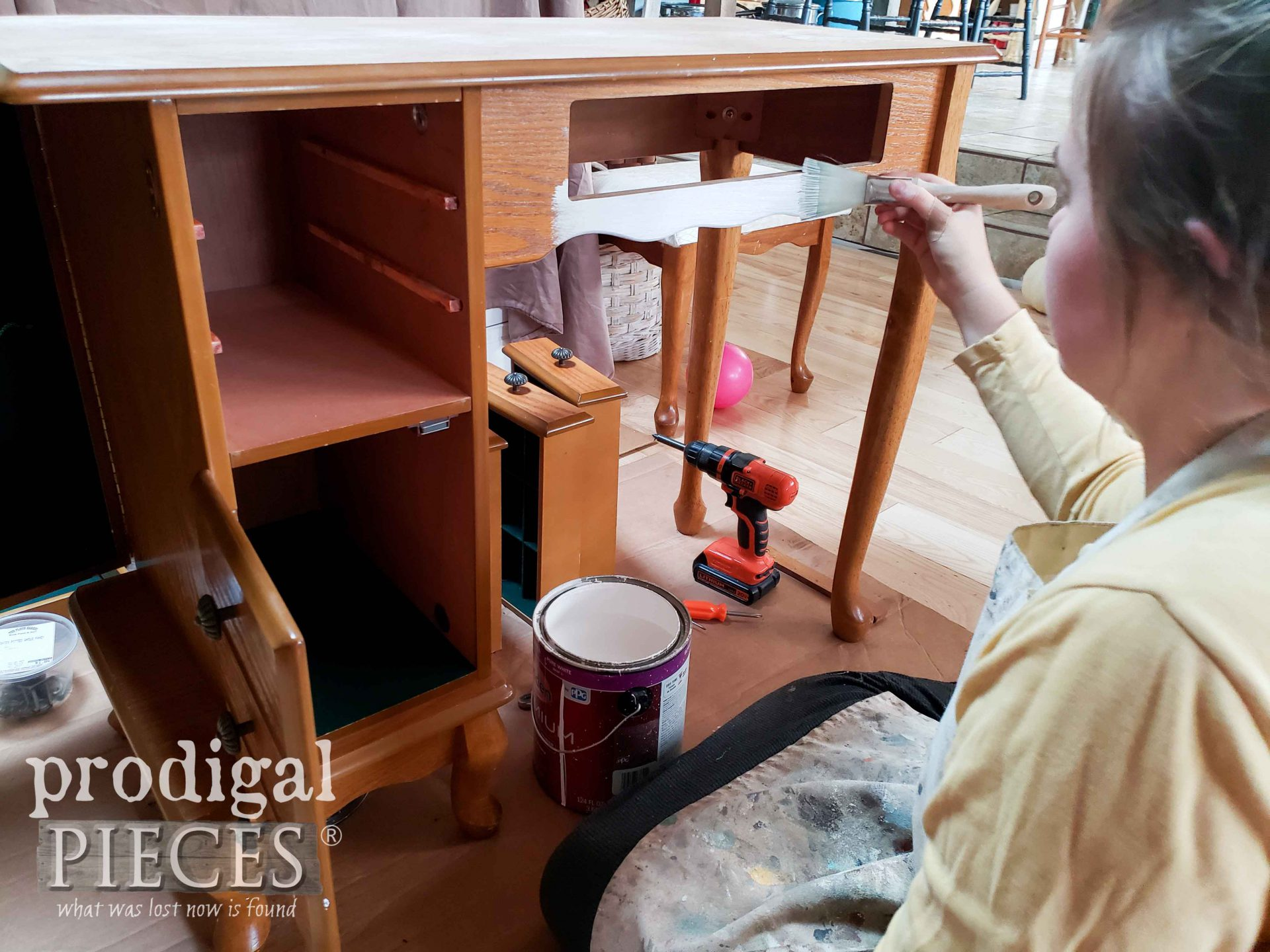 Painting Girls Vanity Table Set with Zibra Fan Brush by Prodigal Pieces | prodigalpieces.com