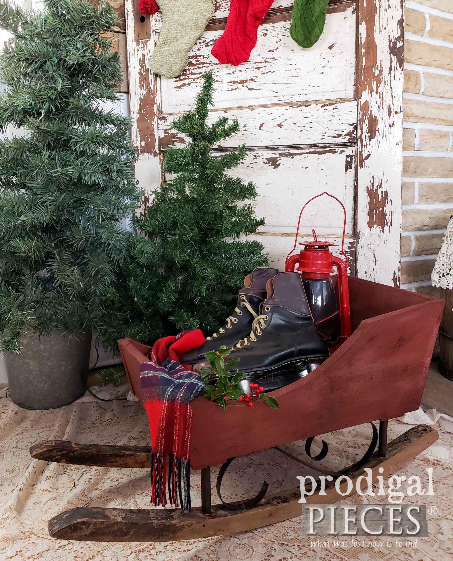 Simple Farmhouse Christmas Sleigh by Larissa of Prodigal Pieces | prodigalpieces.com #prodigalpieces #christmas #farmhouse #home #homedecor #diy