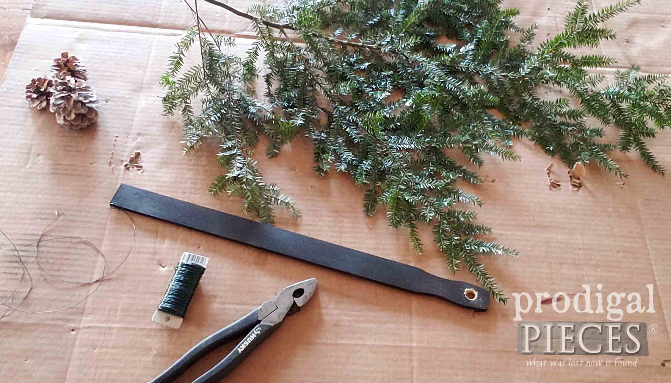 DIY Christmas Swag Supplies Pre-Assembly | prodigalpieces.com