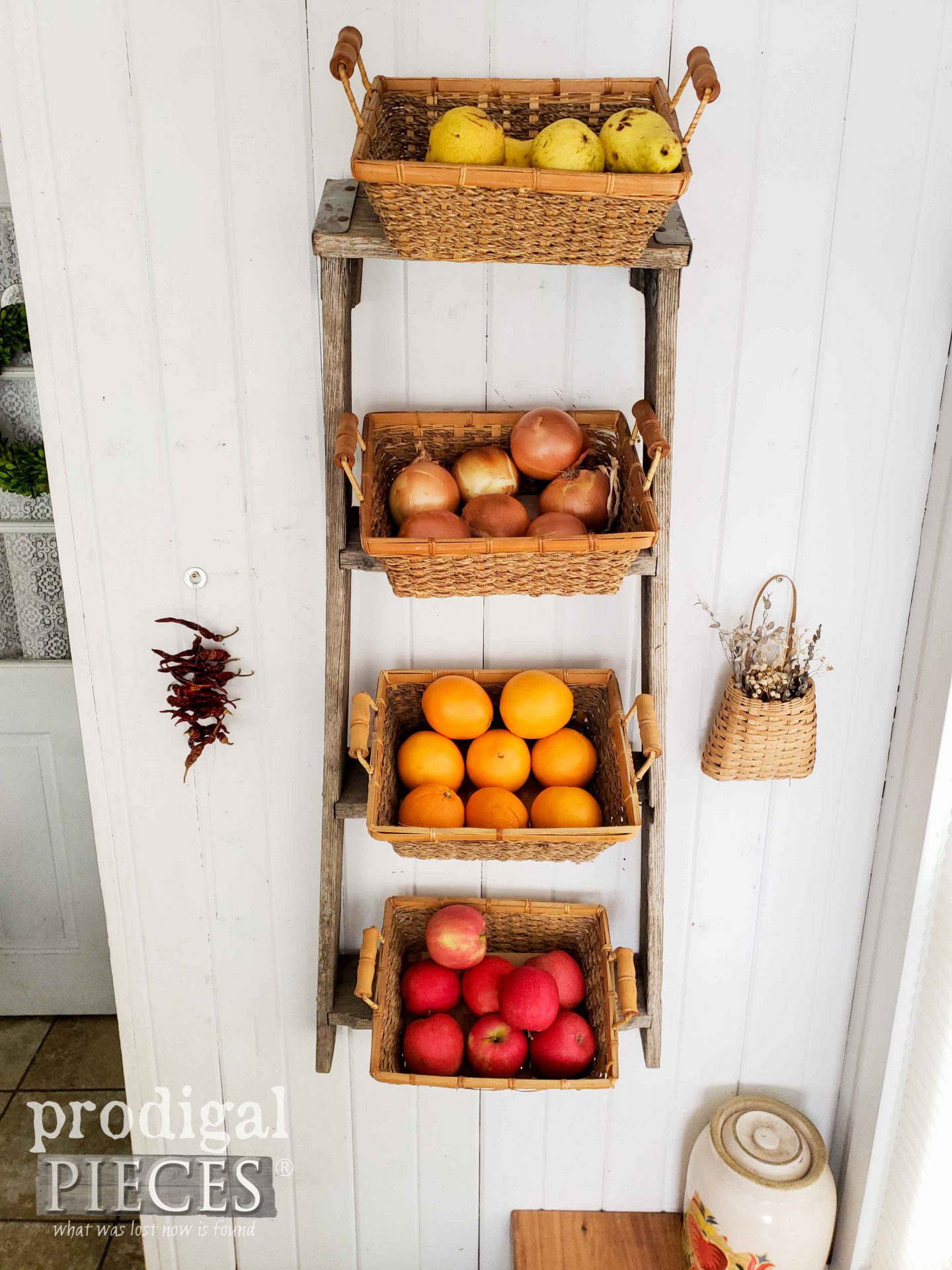 Upcycled Broken Ladder used as Produce Basket Holder in Farmhouse Kitchen Decor by Larissa of Prodigal Pieces | prodigalpieces.com #prodigalpieces #farmhouse #home #homedecor #diy #storage #kitchen