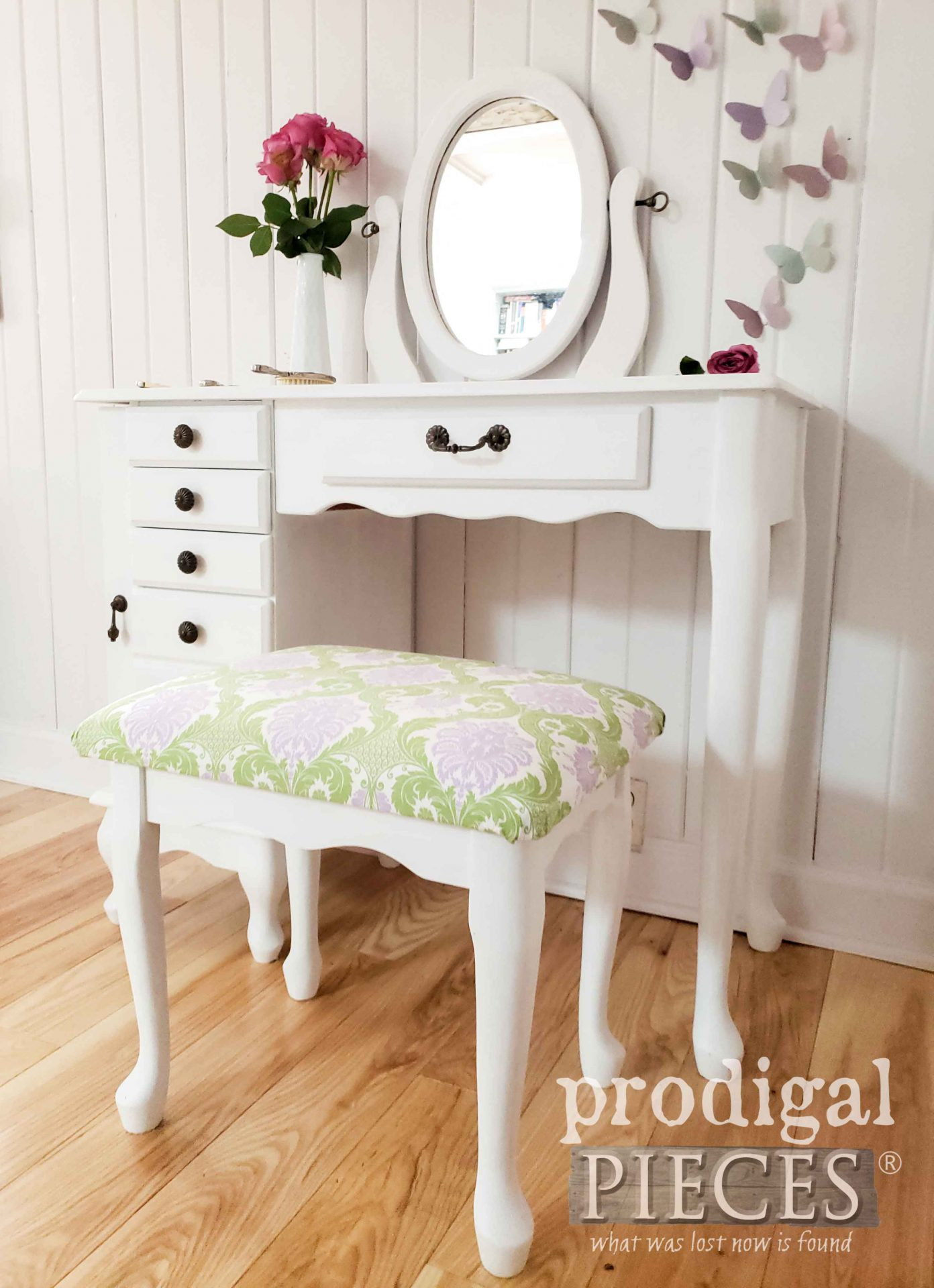 Girl's Vintage White Vanity Table Set in White by Prodigal Pieces | prodigalpieces.com #prodigalpieces #furniture #diy #home #homedecor #diy #girls #vintage