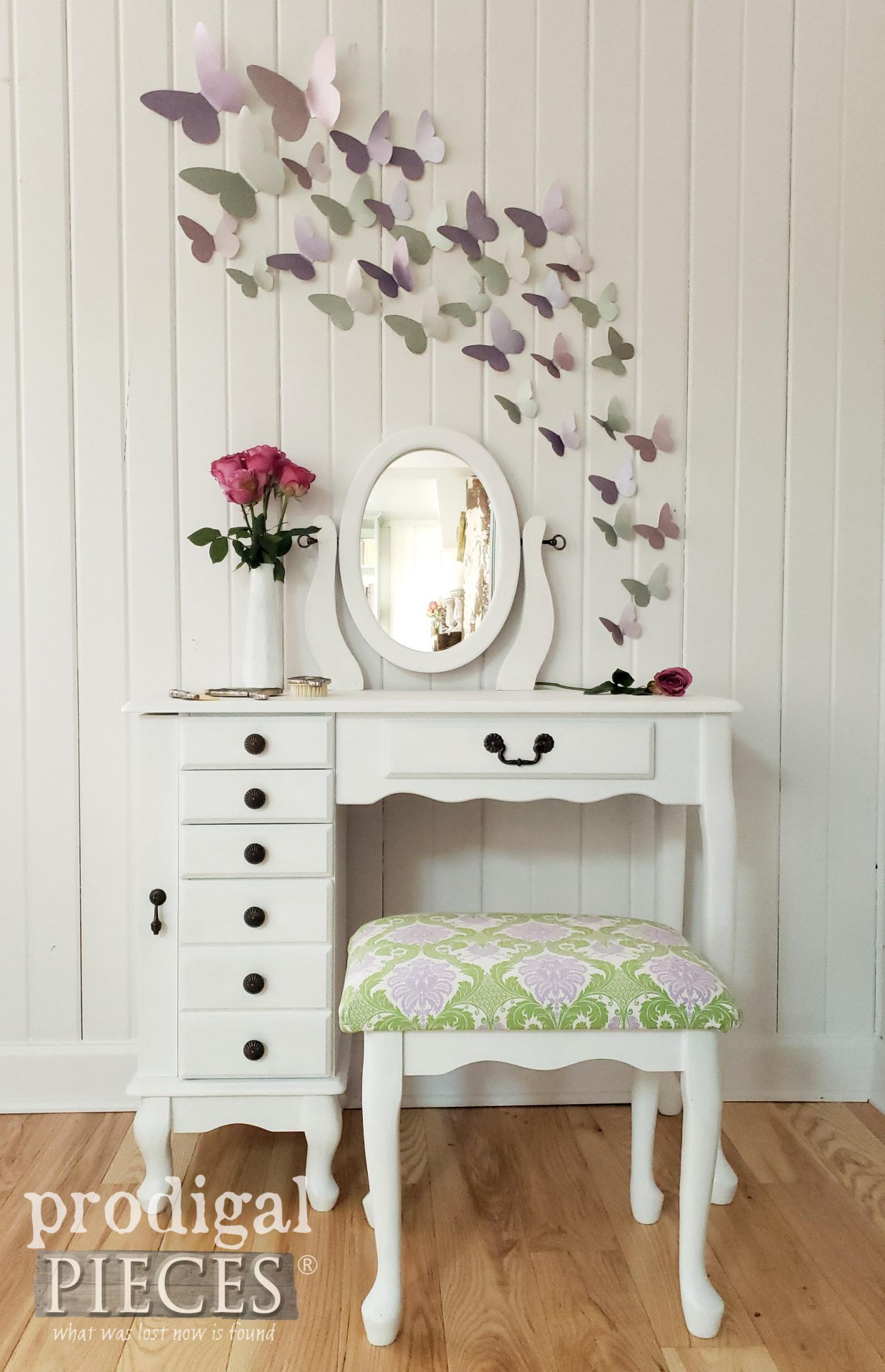 Adorable Girls Vanity Table in White refinished by Prodigal Pieces | prodigalpieces.com #prodigalpieces #diy #furniture #home #homedecor #kids