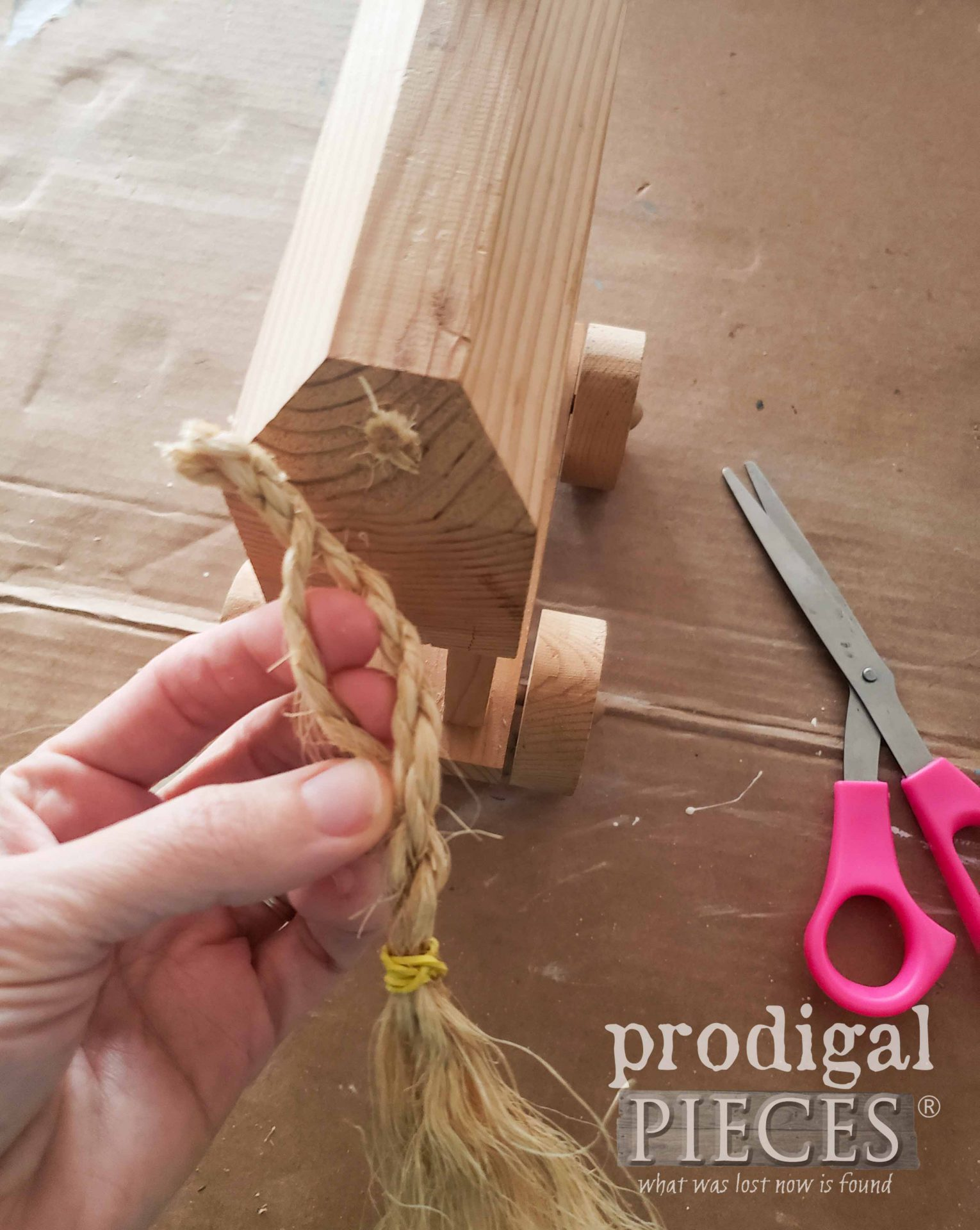 Cut Off Wooden Horse Tail | prodigalpieces.com