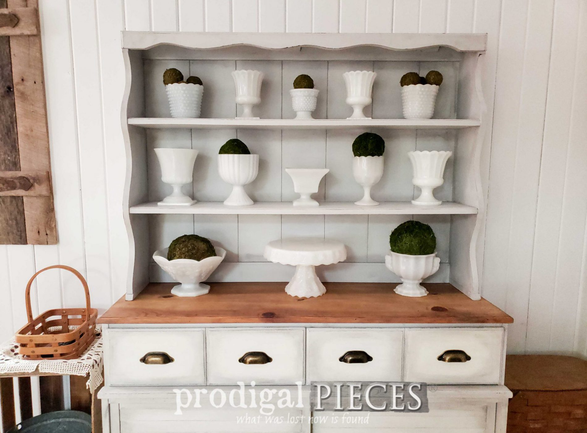 Featured Vintage Farmhouse Hutch Makeover & Revival by Larissa of Prodigal Pieces | prodigalpieces.com #prodigalpieces #home #farmhouse #furniture #diy #home