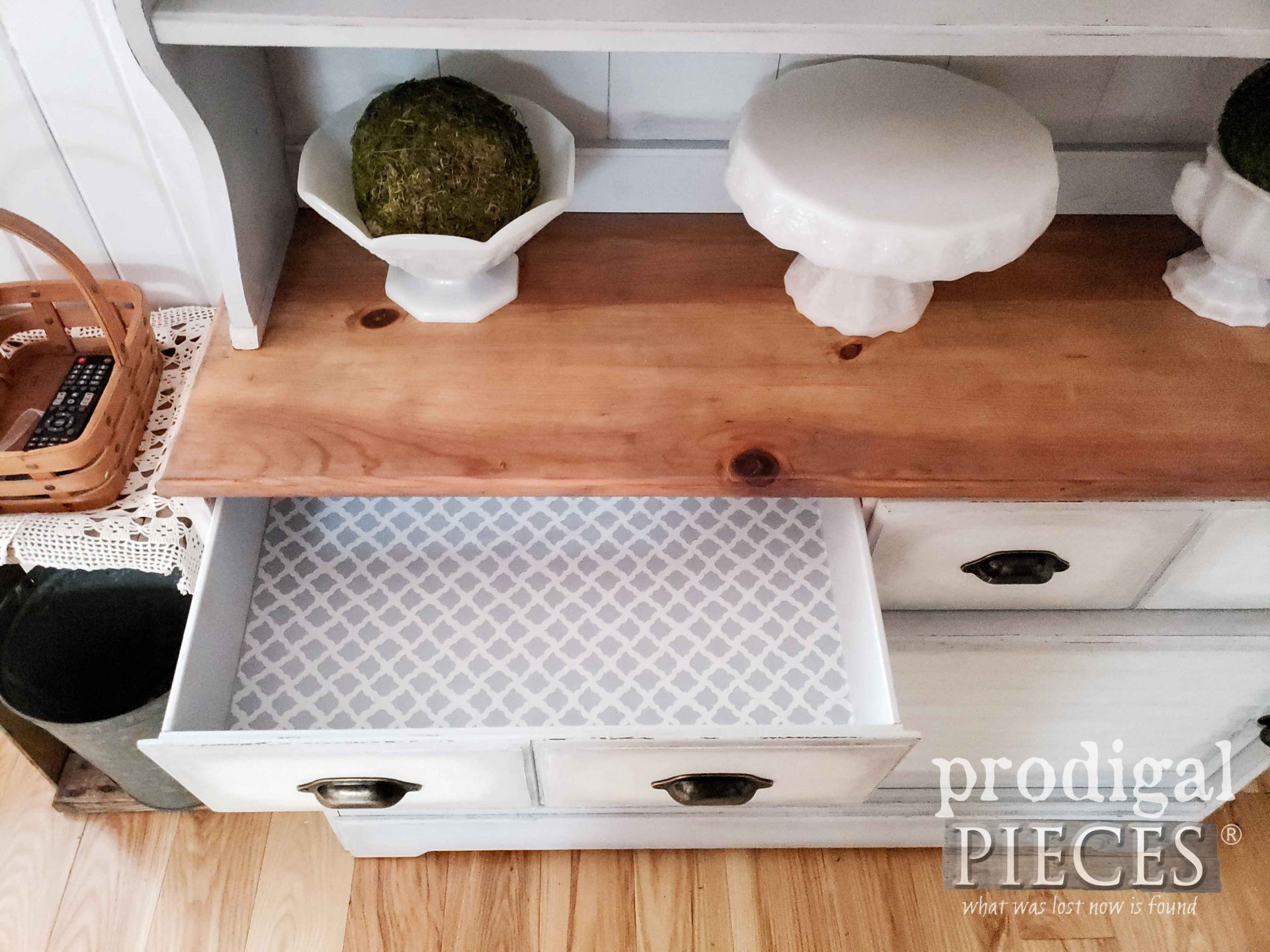 Farmhouse Hutch with Paper Lined Drawers by Larissa of Prodigal Pieces | prodigalpieces.com #prodigalpieces #farmhouse #home #diy #homedecor #furniture