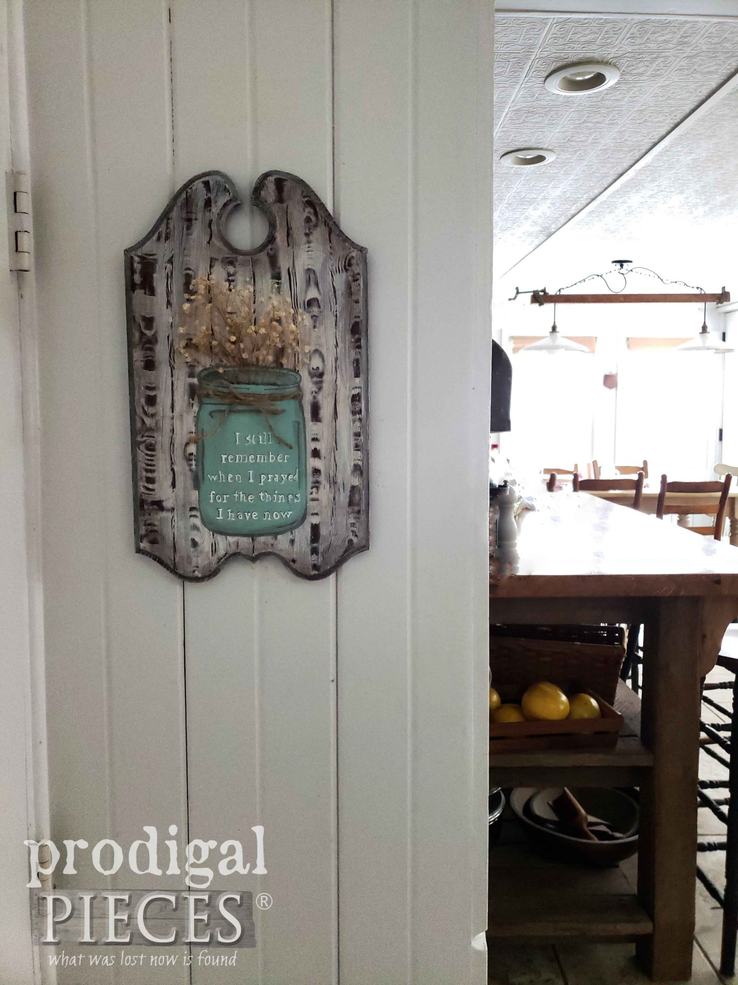 I Still Remember Praying for the Things I Have Now Wall Art by Larissa of Prodigal Pieces | prodigalpieces.com #prodigalpieces #diy #farmhouse #home #homedecor #art
