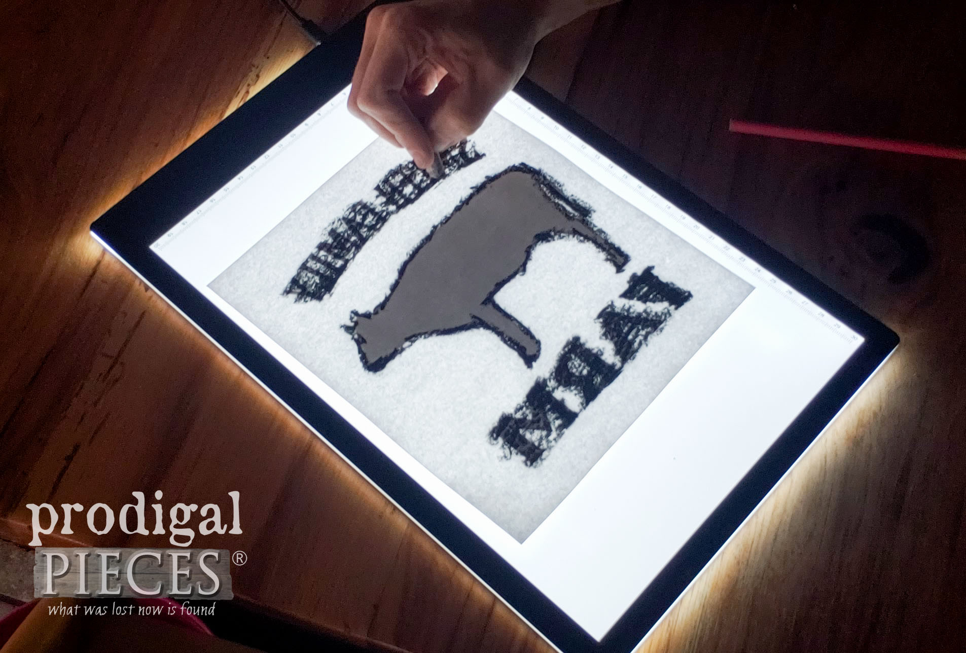 Using a light pad for image transfer by Prodigal Pieces | prodigalpieces.com