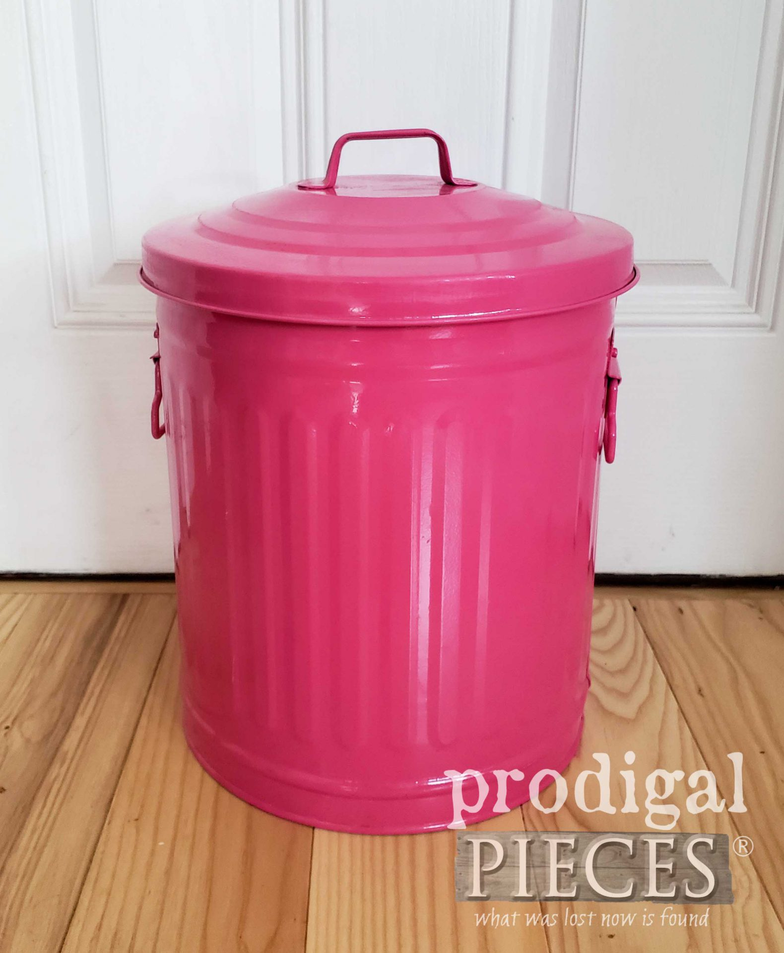 Hot Pink Trash Can Ready for a Farmhouse Makeover by Larissa of Prodigal Pieces | prodigalpieces.com