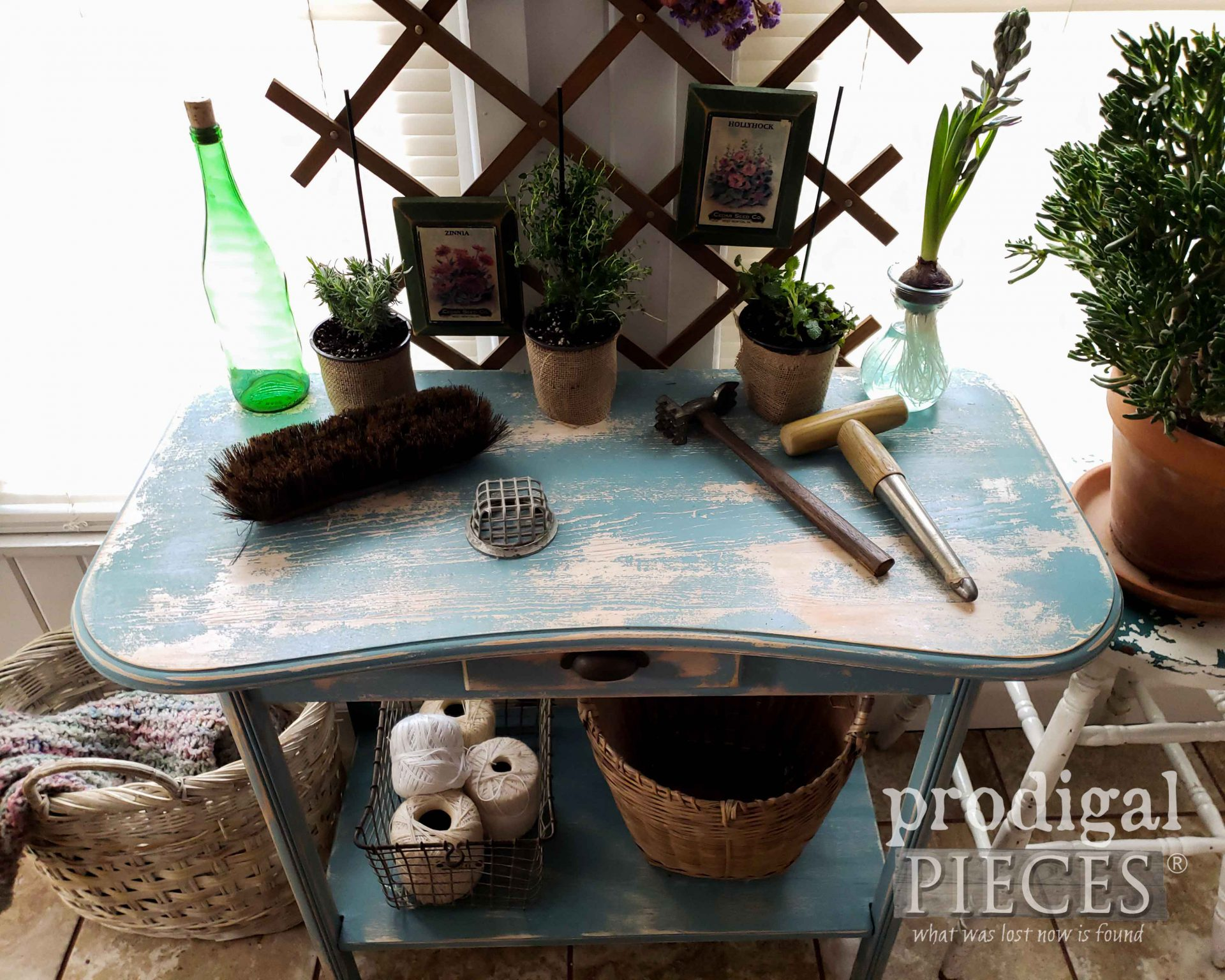 Chippy Aqua Table from Repurposed Desk by Larissa of Prodigal Pieces | prodigalpieces.com #prodigalpieces #furniture #farmhouse #cottage #spring #home #homedecor
